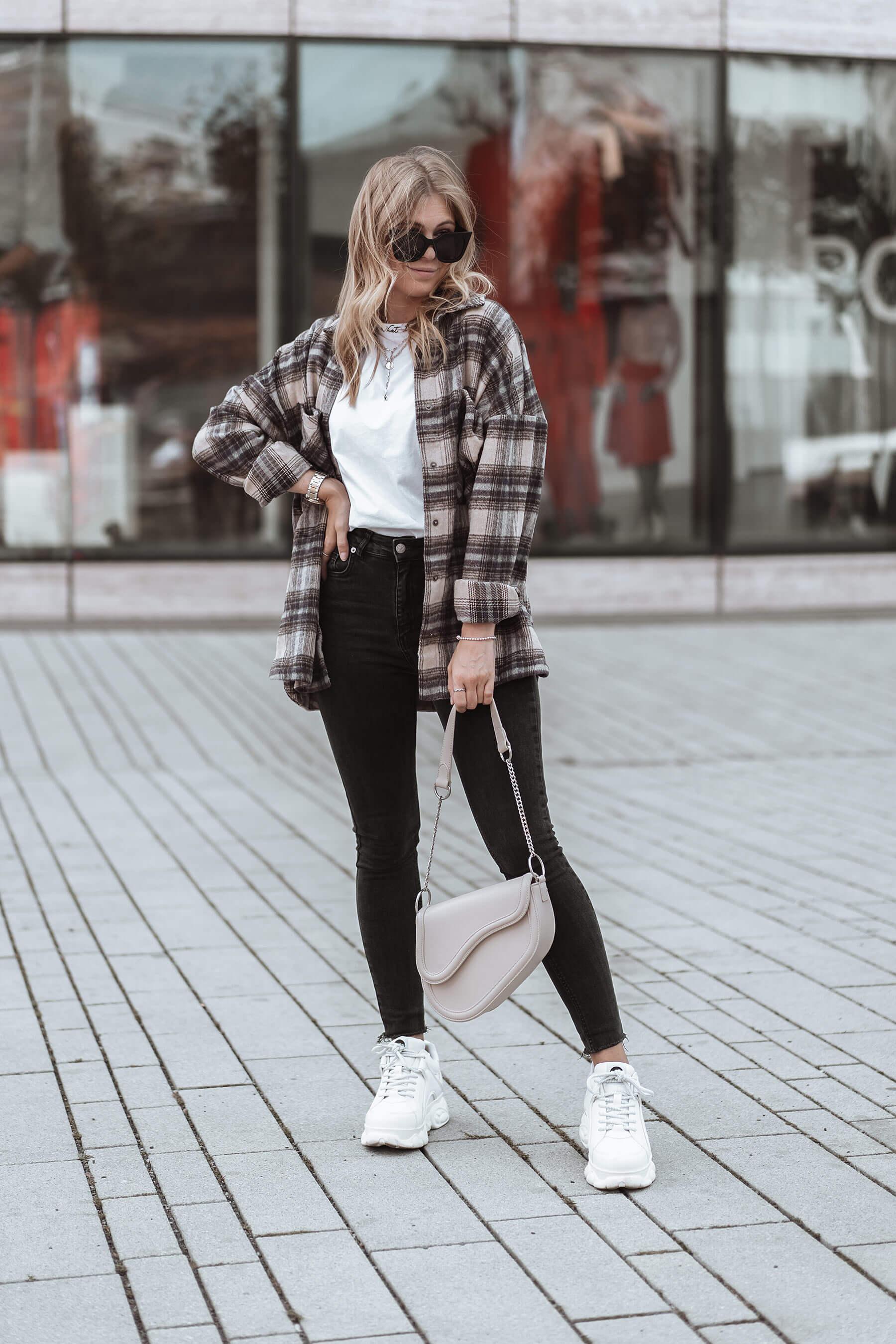 fashion blogger düsseldorf inga brauer outfit karohemd frauen flanell herbst trend streetstyle