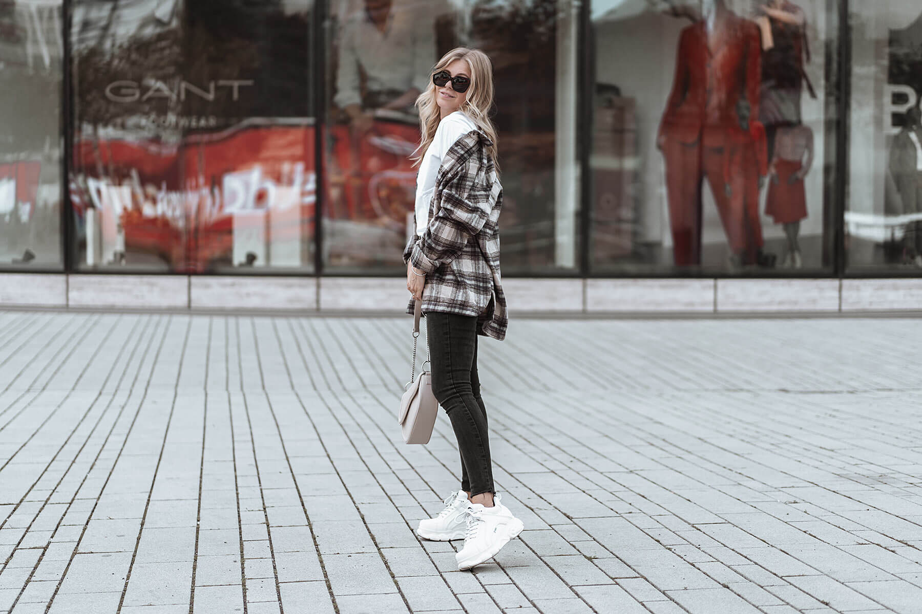 karohemd flanell outfit trend herbst streetstyle sunnyinga