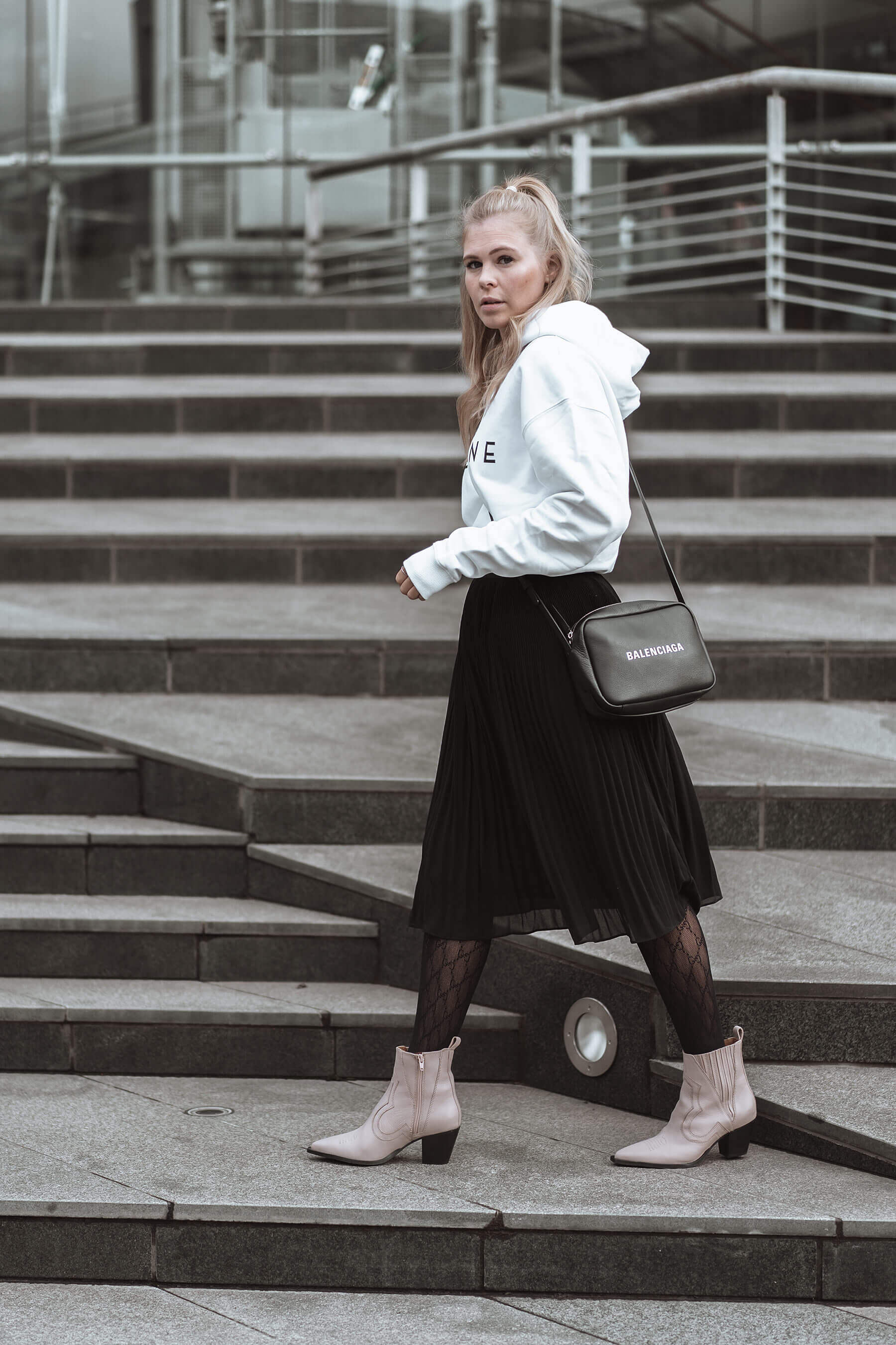 schuhtrend cowboy-boots fashion blogger inga brauer düsseldorf