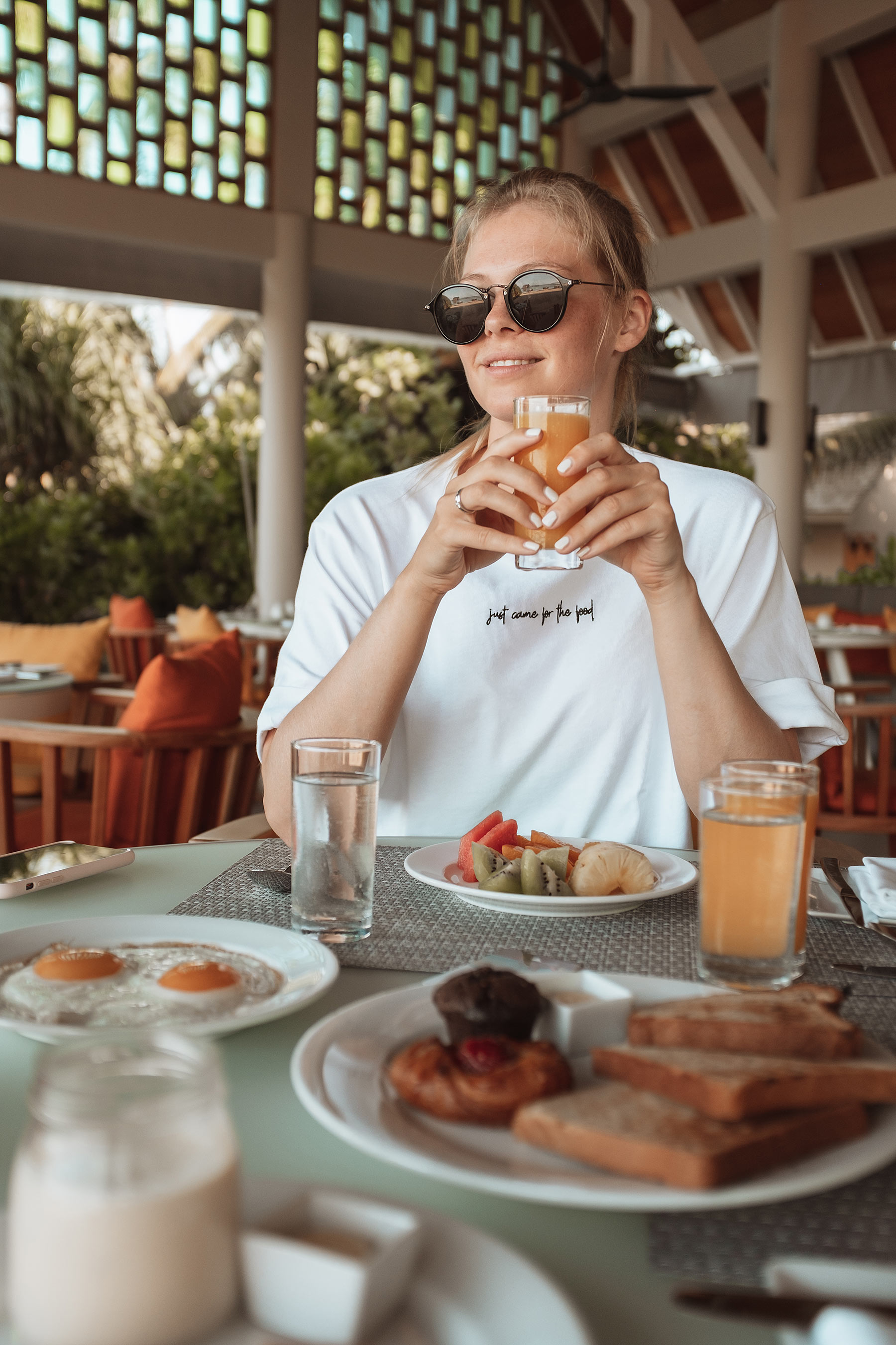 faarufushi maldives frühstück travel blog sunnyinga