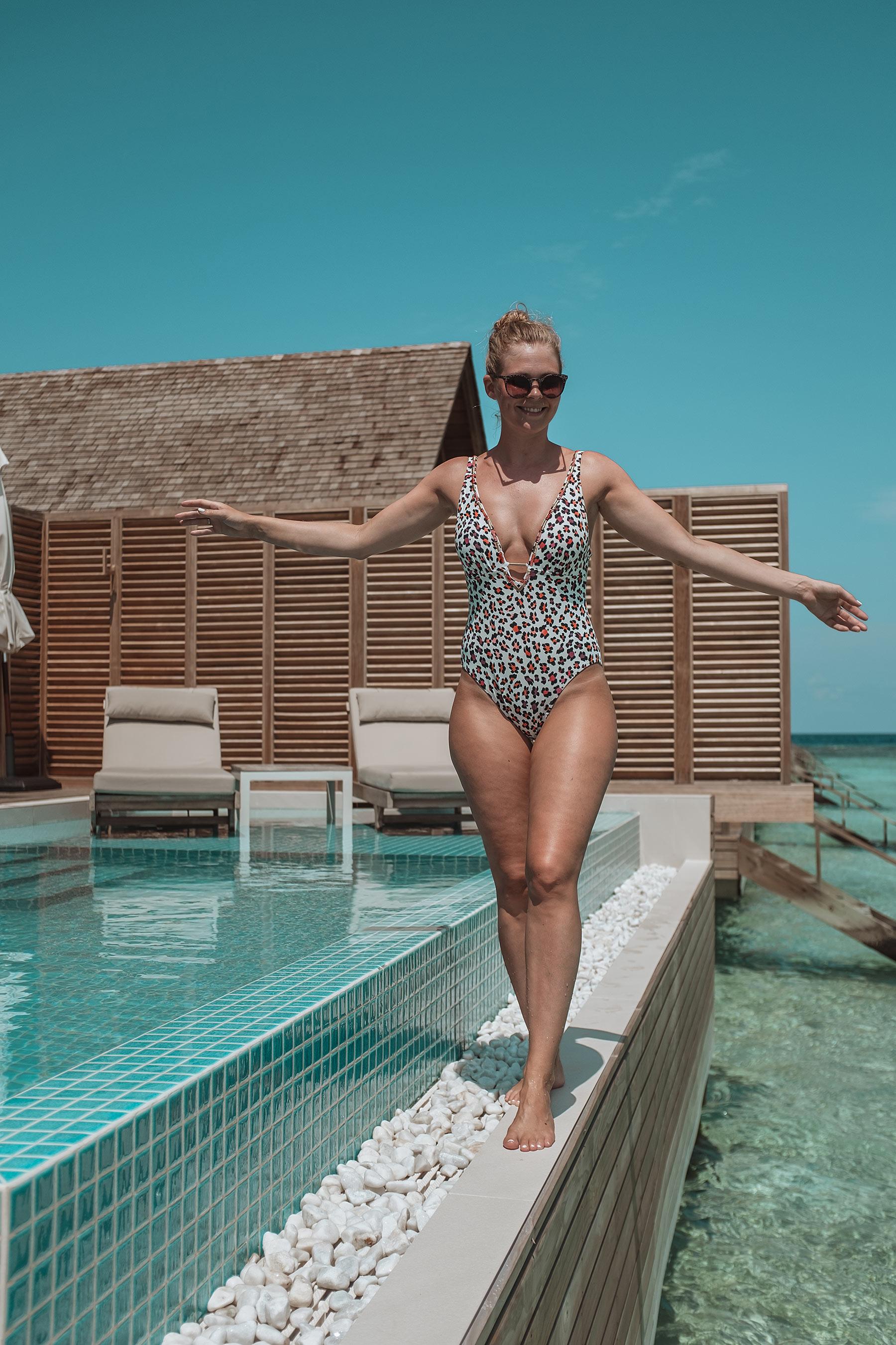 overwater villa faarufushi maldives travel blogger sunnyinga