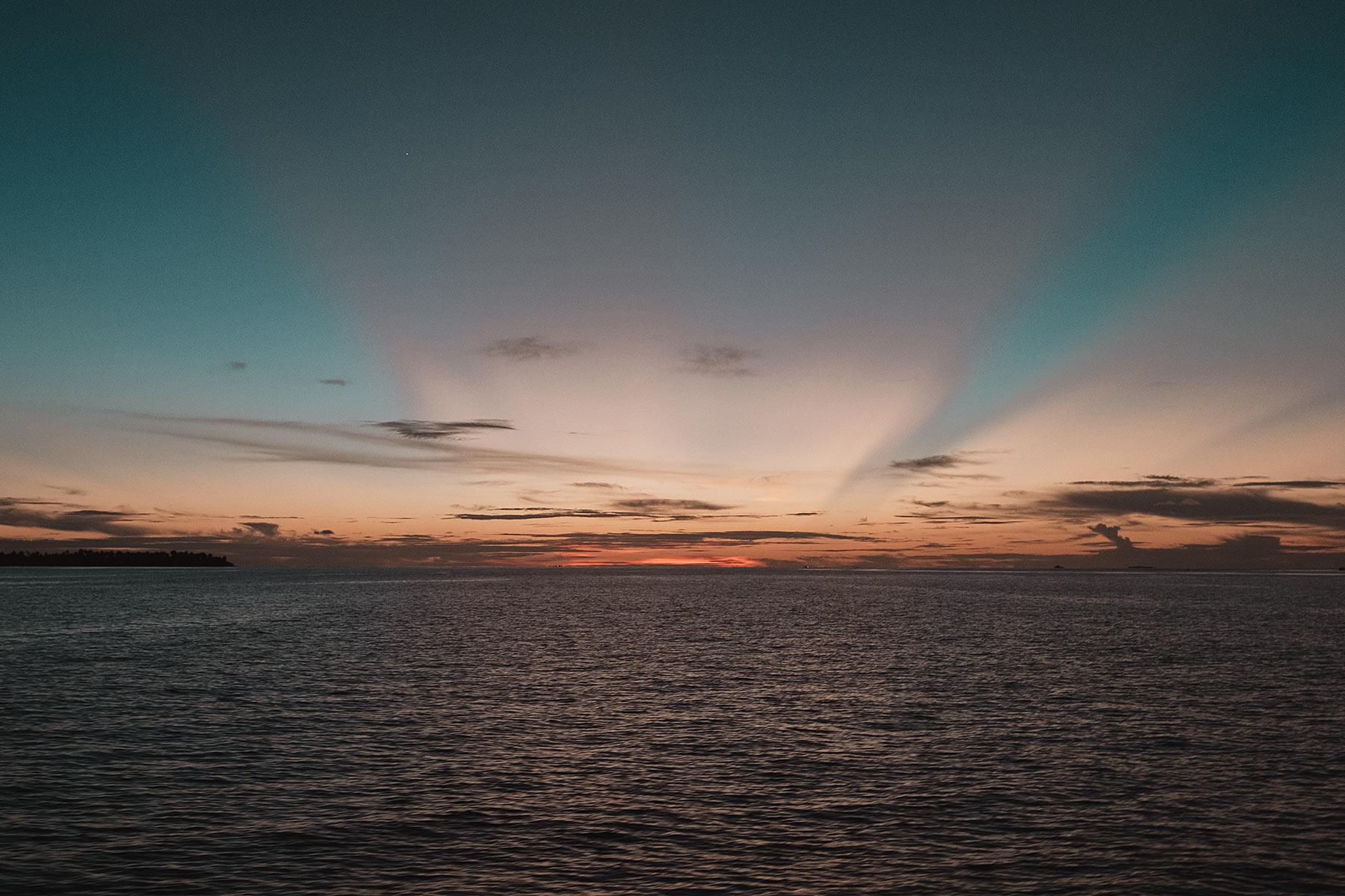faarufushi maldives sunset travel blog sunnyinga