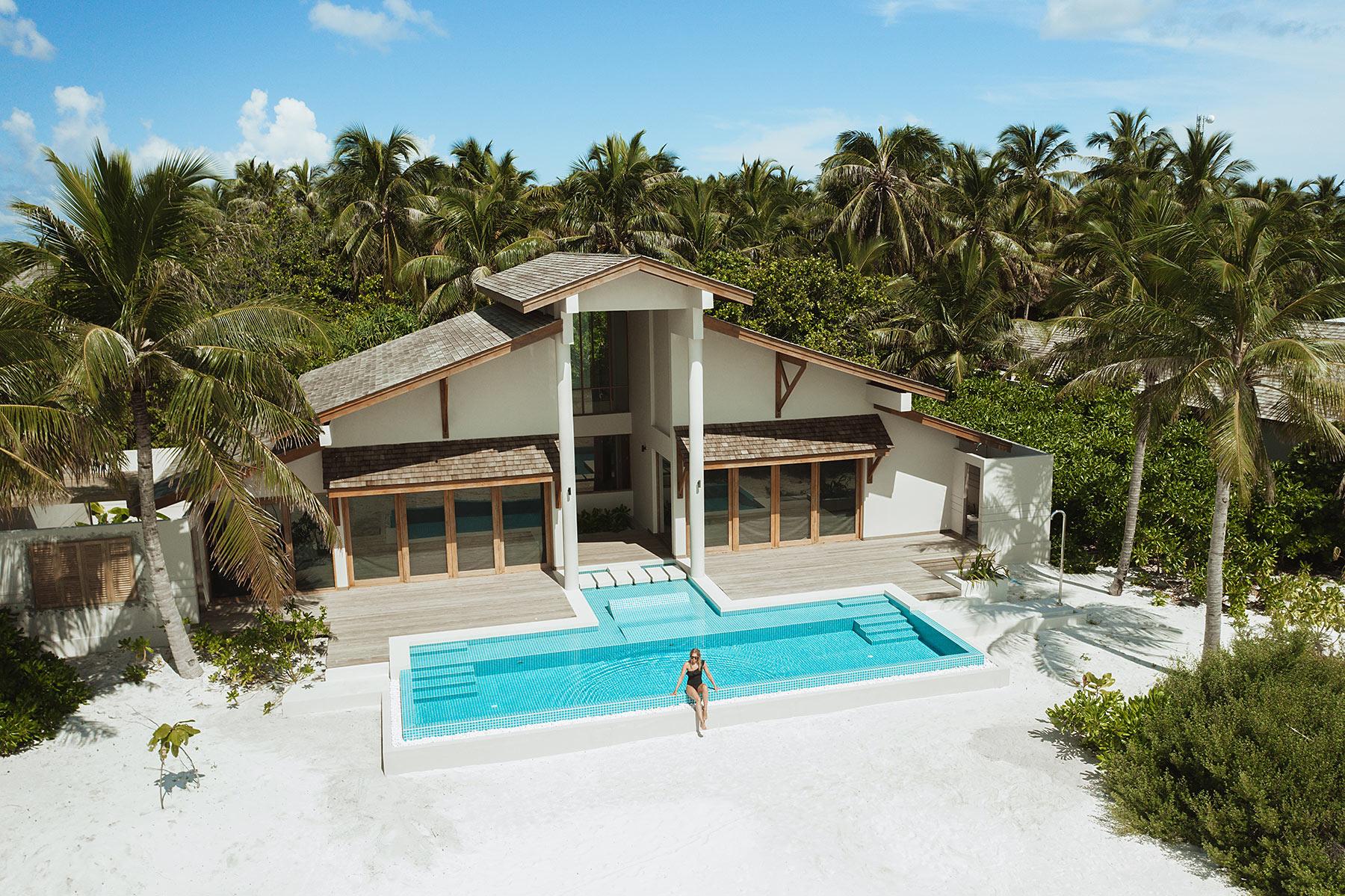 malediven villa travel blogger sunnyinga