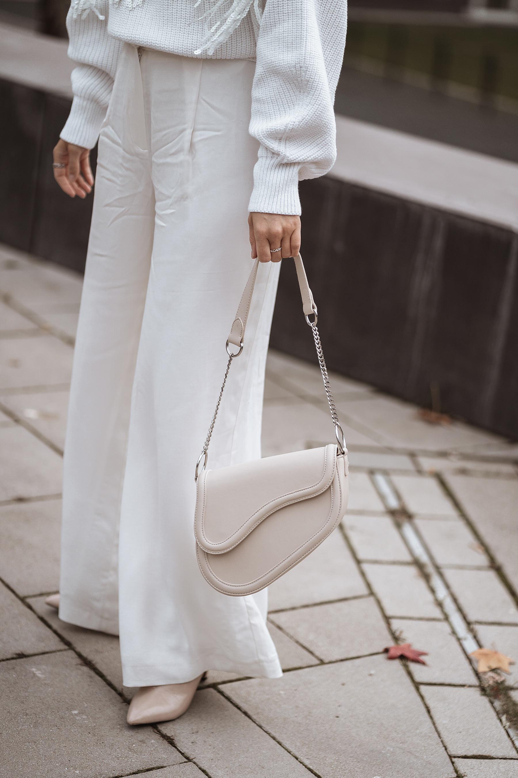 saddle bag beige fashion blogger sunnyinga