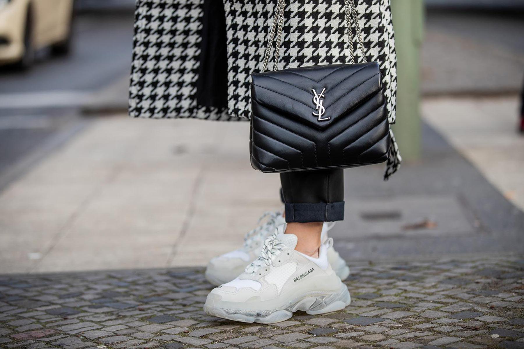 balenciaga triple s weiss outfit fashion blogger sunnyinga