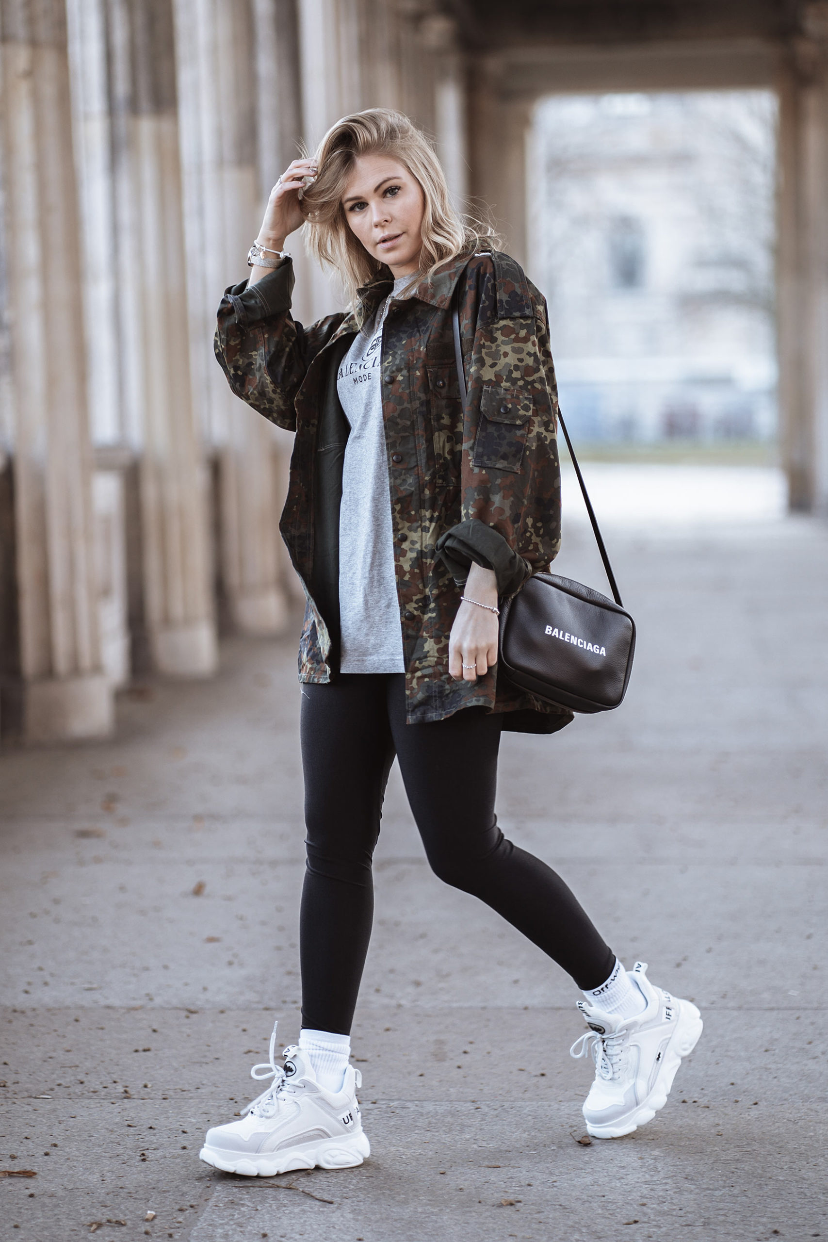 buffalo outfit gurlscrime jacke fashion week berlin inga brauer sunnyinga
