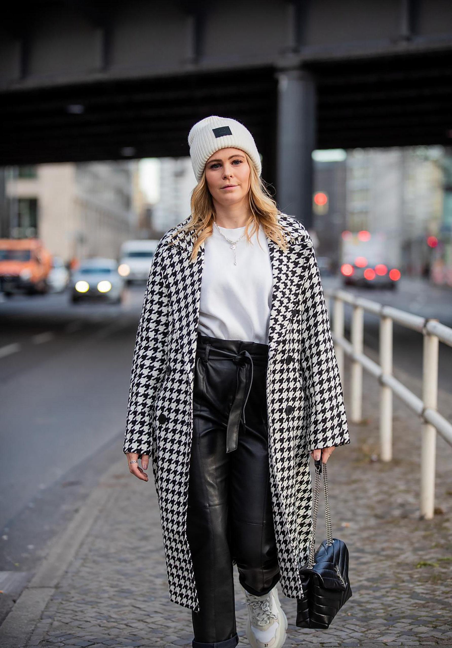 inga brauer street style outfit berlin hahnentritt-mantel