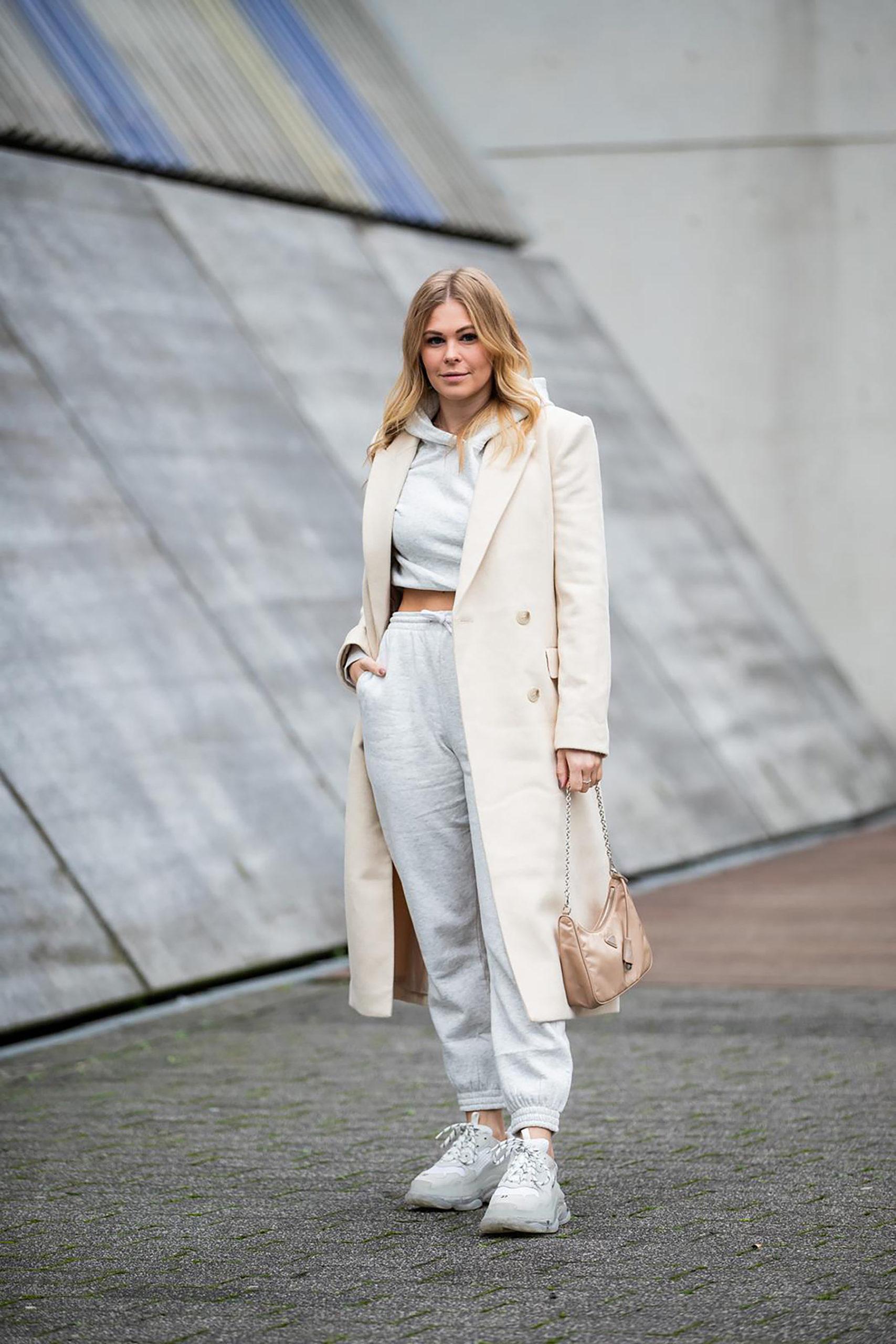 fashion blogger düsseldorf inga brauer jogginganzug outfit sunnyinga