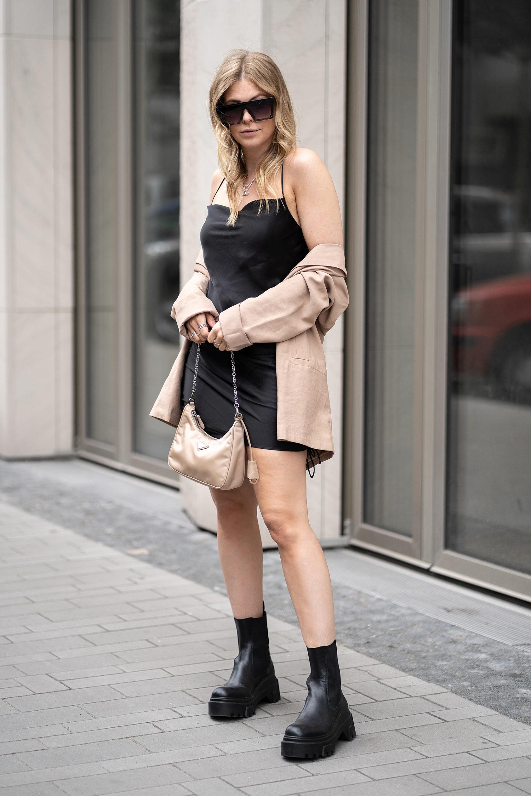 inga brauer fashion blogger düsseldorf satinkleid outfit streetstyle sunnyinga