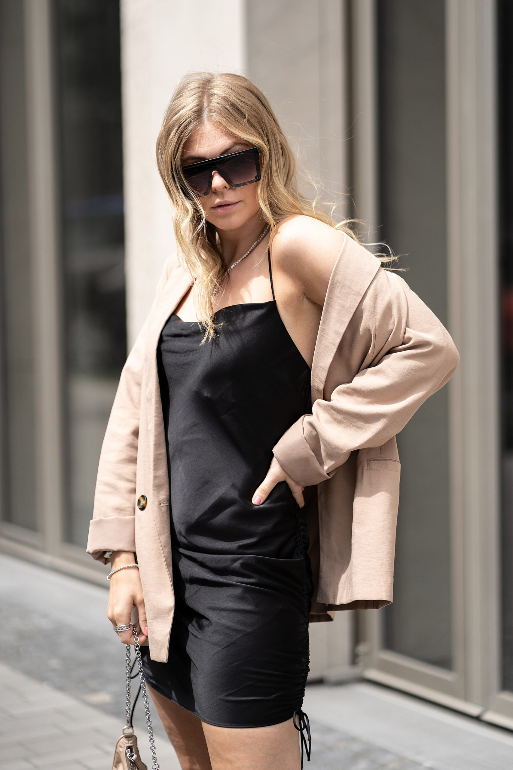 slipdress schwarz outfit fashion blogger inga brauer