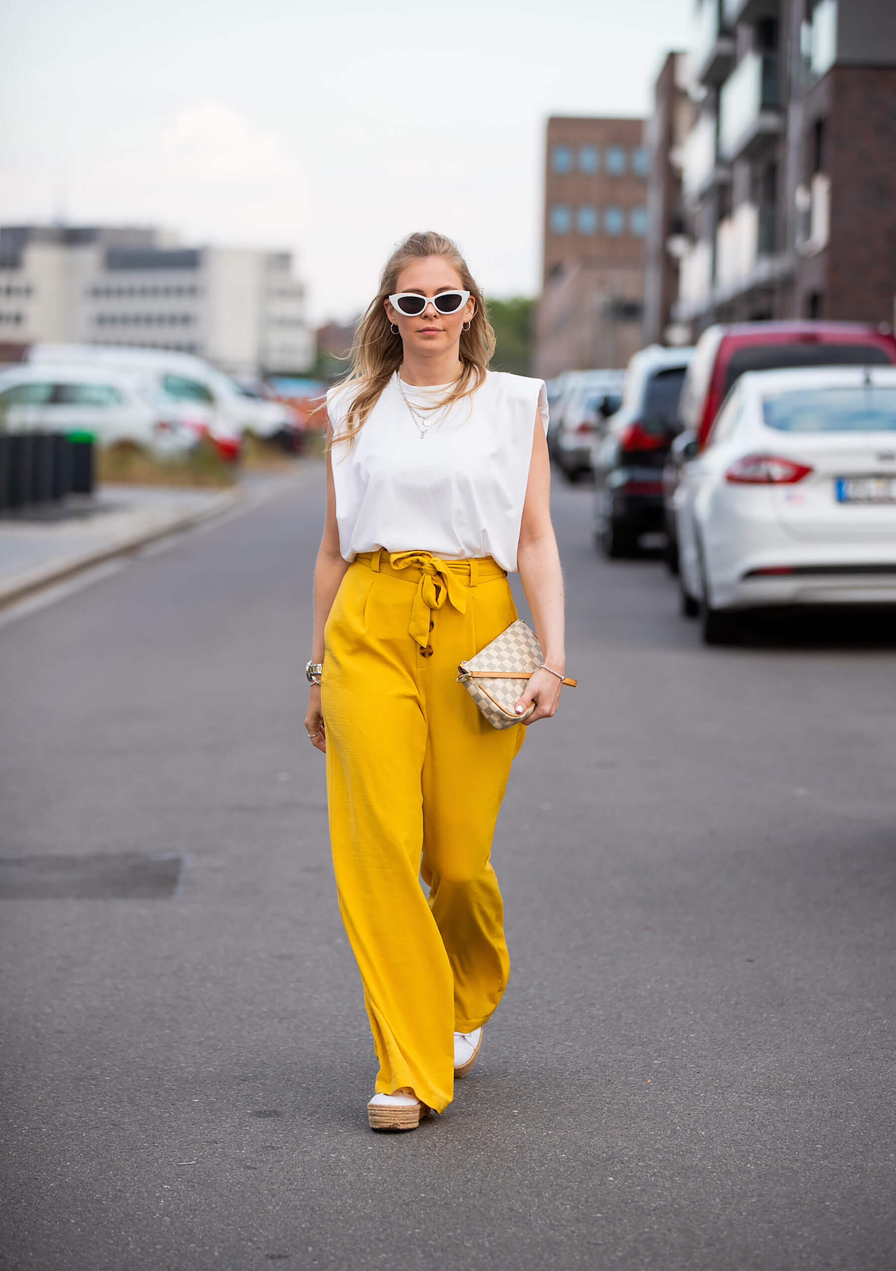 cat eye sonnenbrille weiss outfit blogger fashion sunnyinga