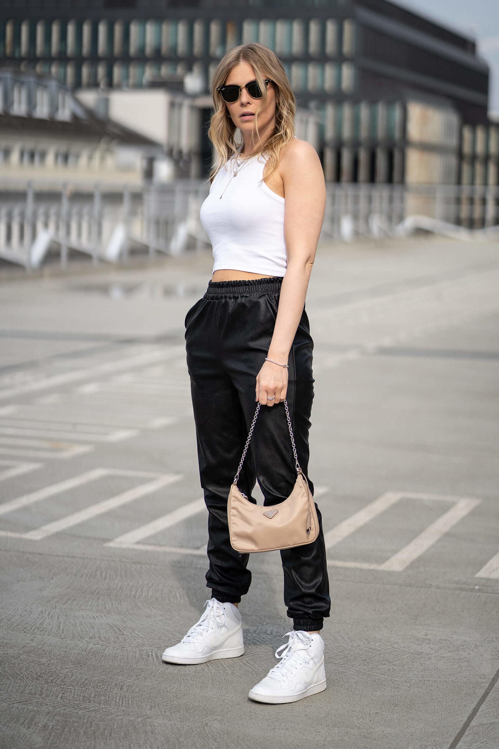 fashion blogger inga brauer düsseldorf streetstyle outfit tank top