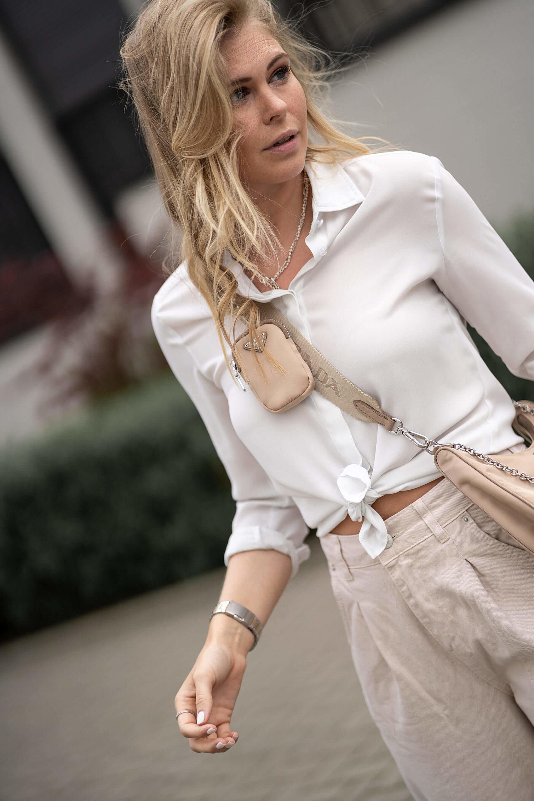 prada multi pochette bag outfit beige inga brauer blogger