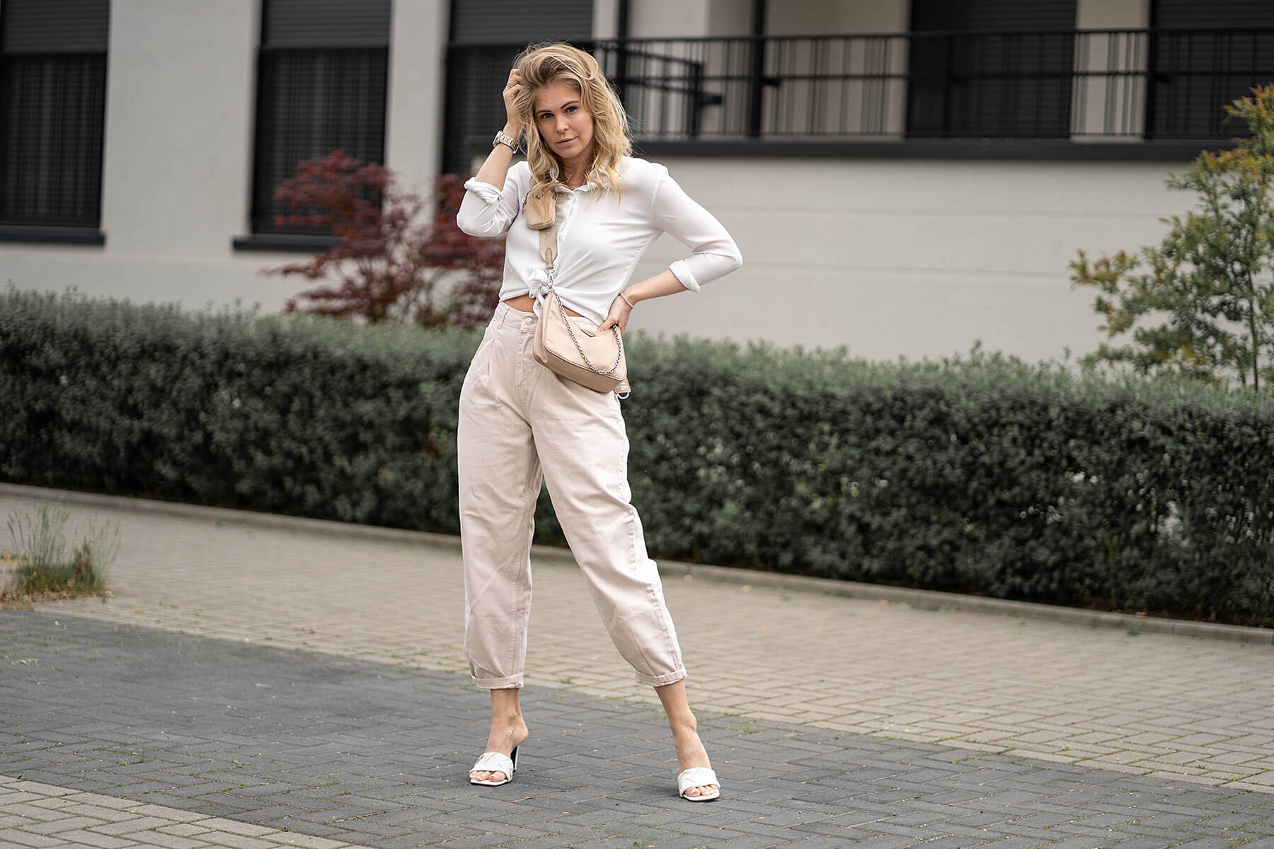 sommeroutfit beige fashion blogger inga brauer