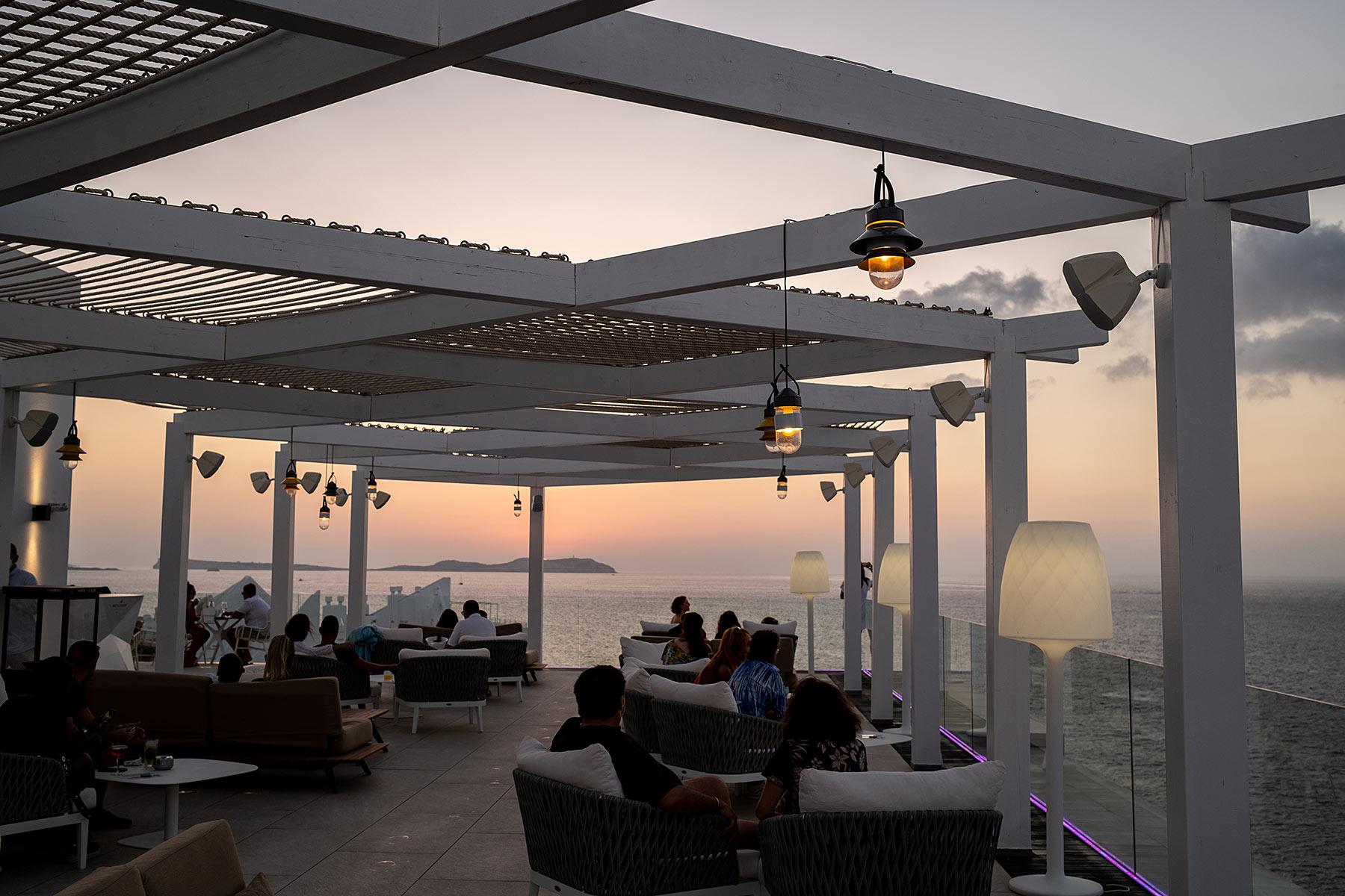amare beach hotel ibiza dachterrasse travel blog sunnyinga