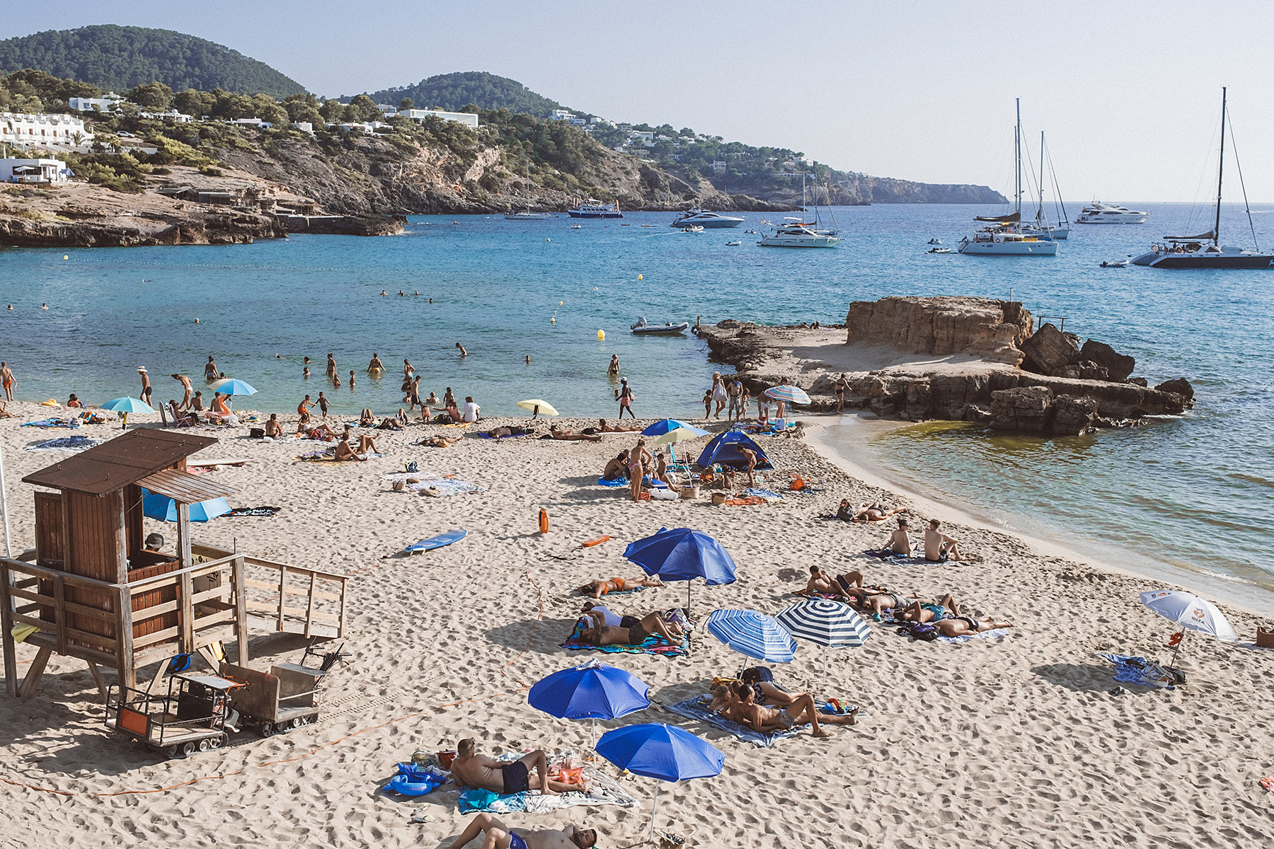 cala tarida ibiza strand bucht travel blog sunnyinga
