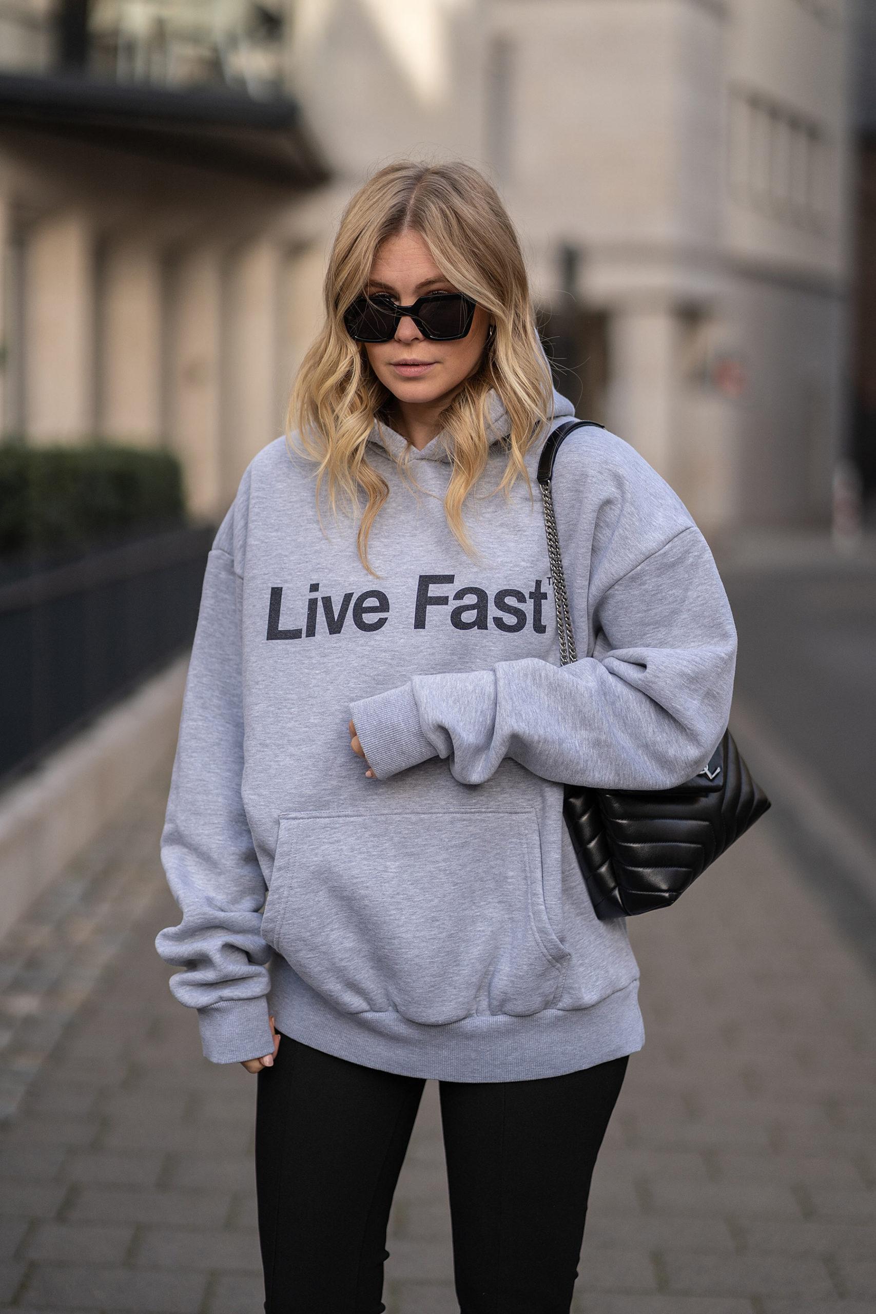 boyfriend hoodie outfit fashion blog sunnyinga