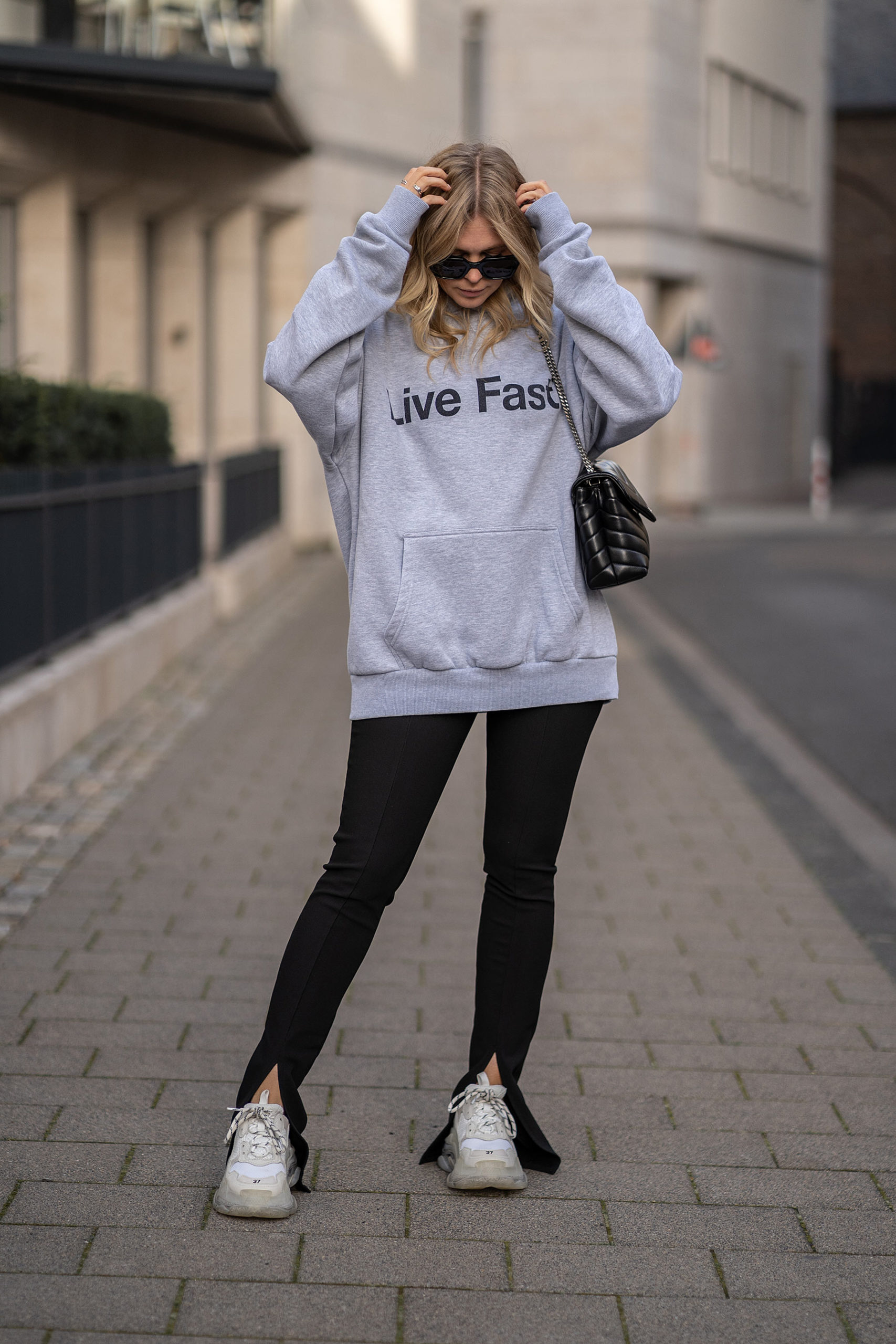slit pants hose mit schlitz outfit fashion blogger sunnyinga