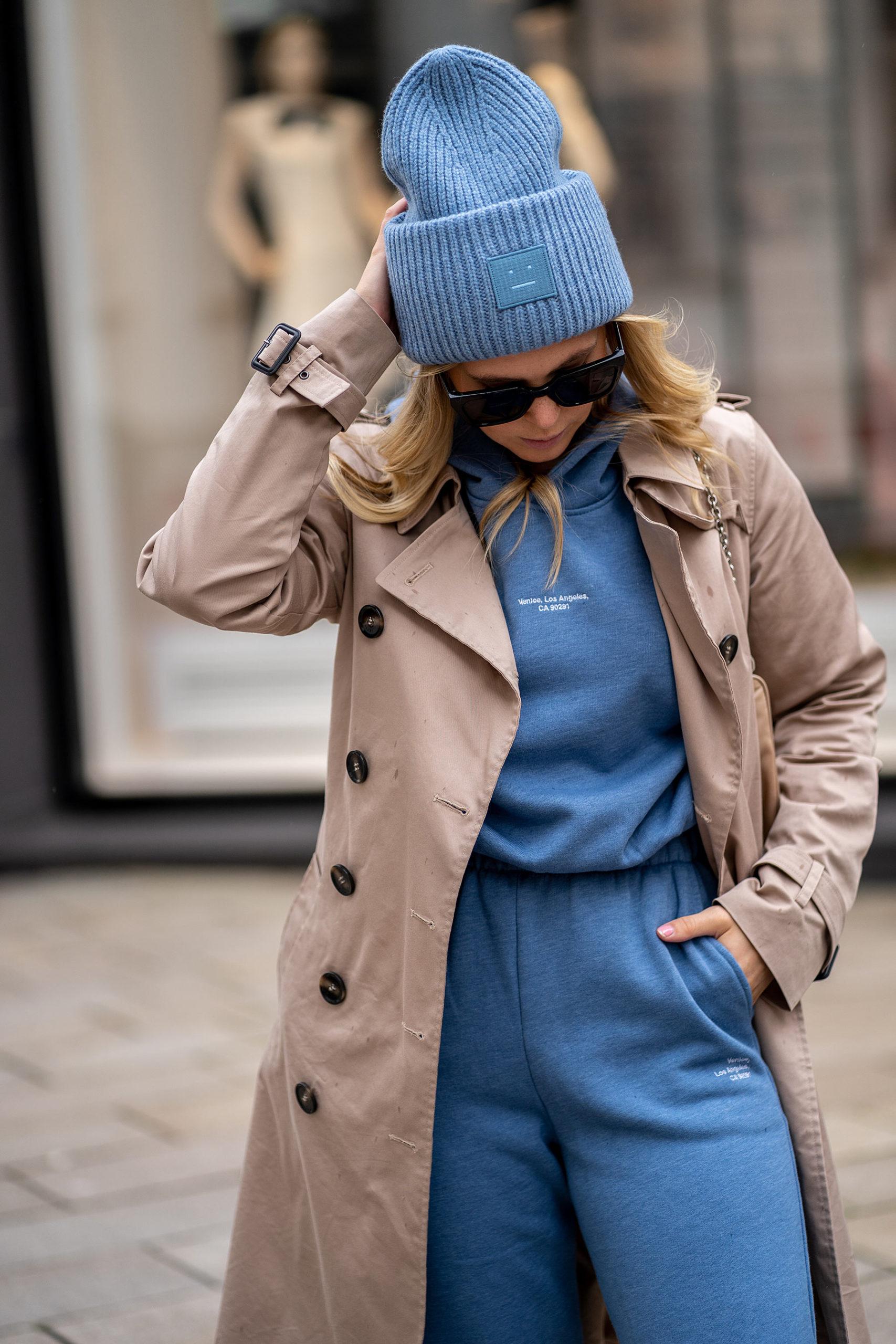 acne studios beanie mütze blau fashion blogger inga brauer