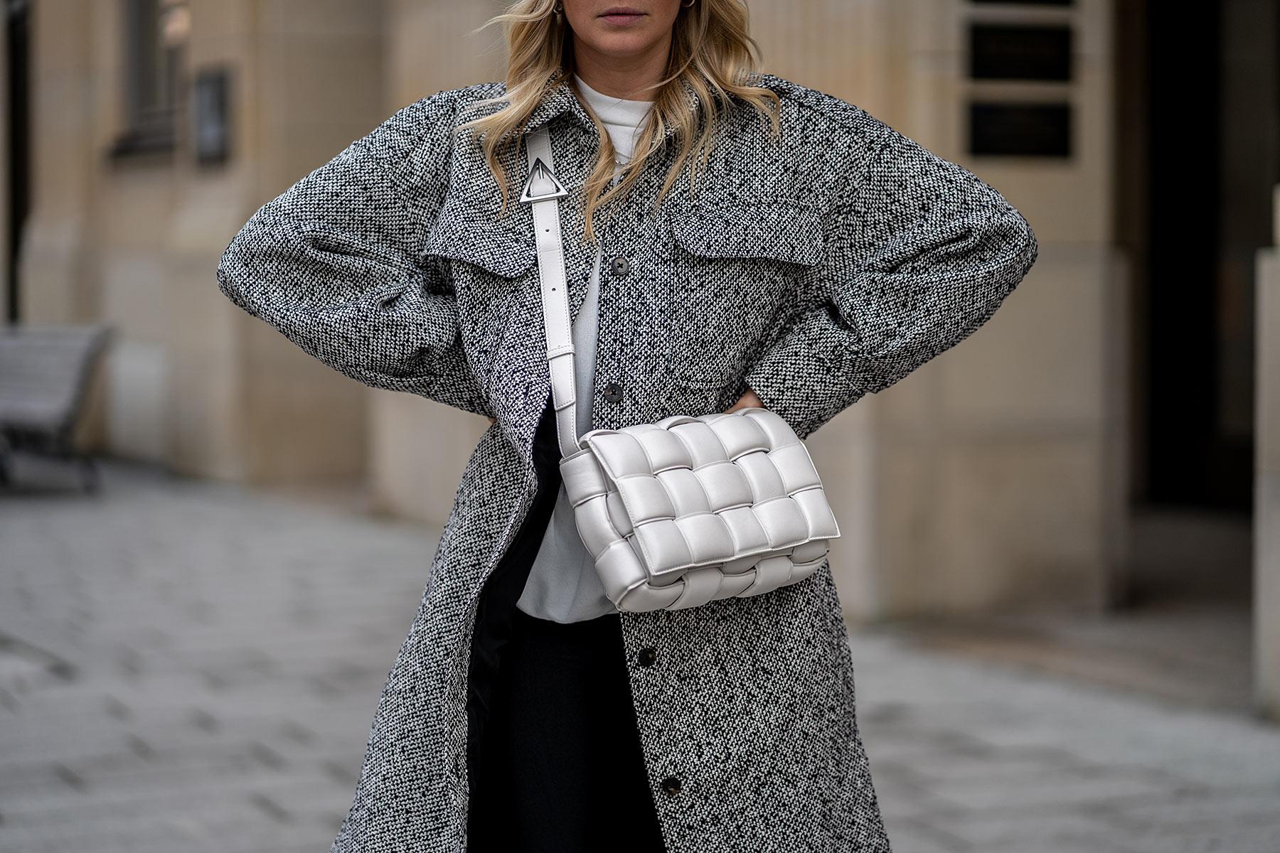 bottega veneta padded cassette weiss tasche fashion blogger sunnyinga