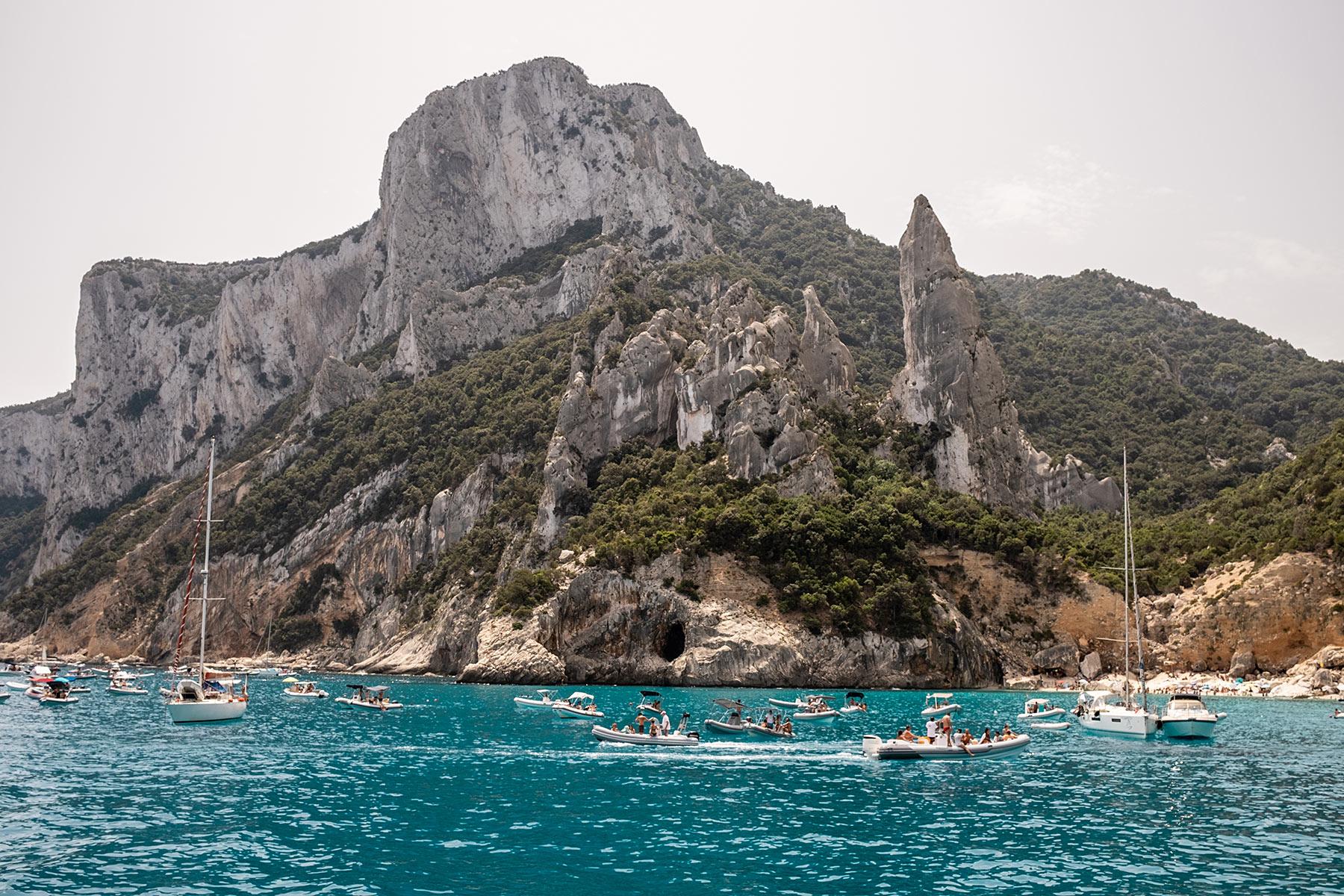 cala goloritze sardinien boot mieten travel blog sunnyinga