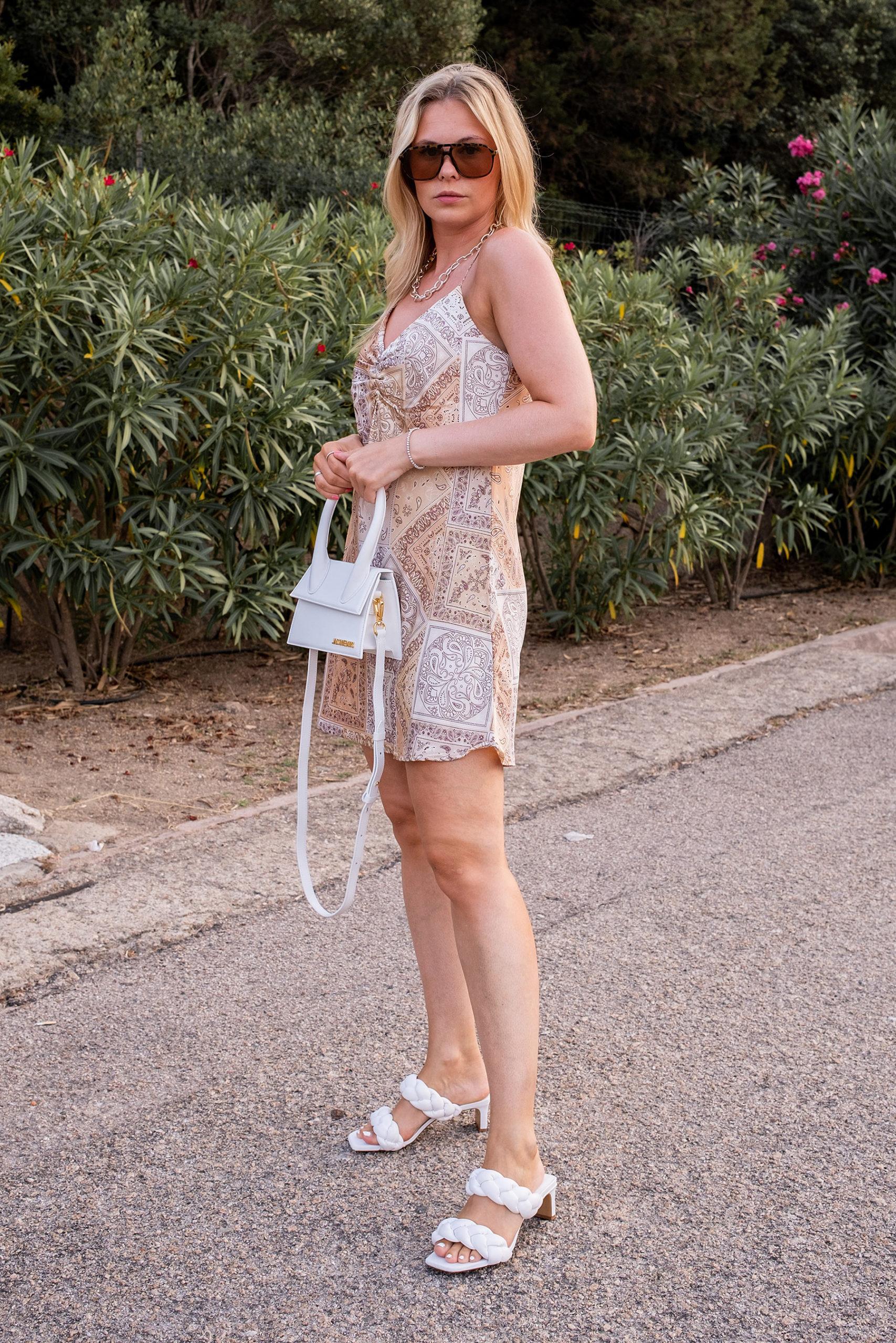 inga brauer outfit urlaub slip dress paisley muster