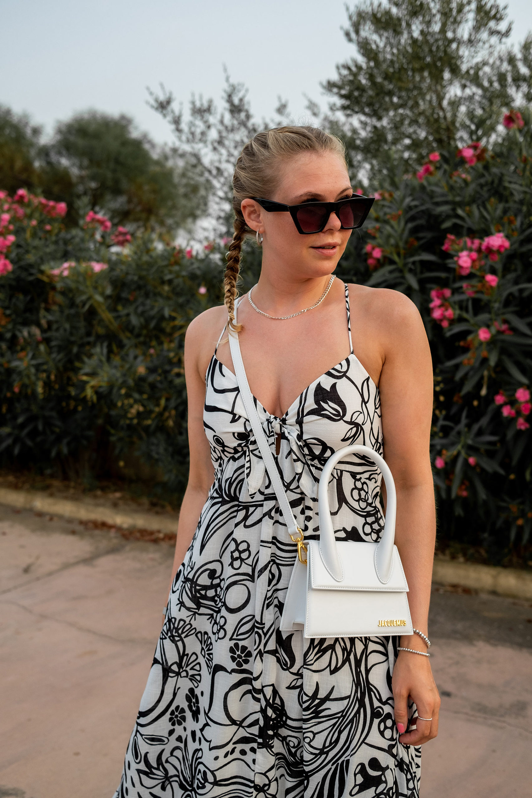 le chiquito medium jacquemus tasche weiss fashion blogger outfit