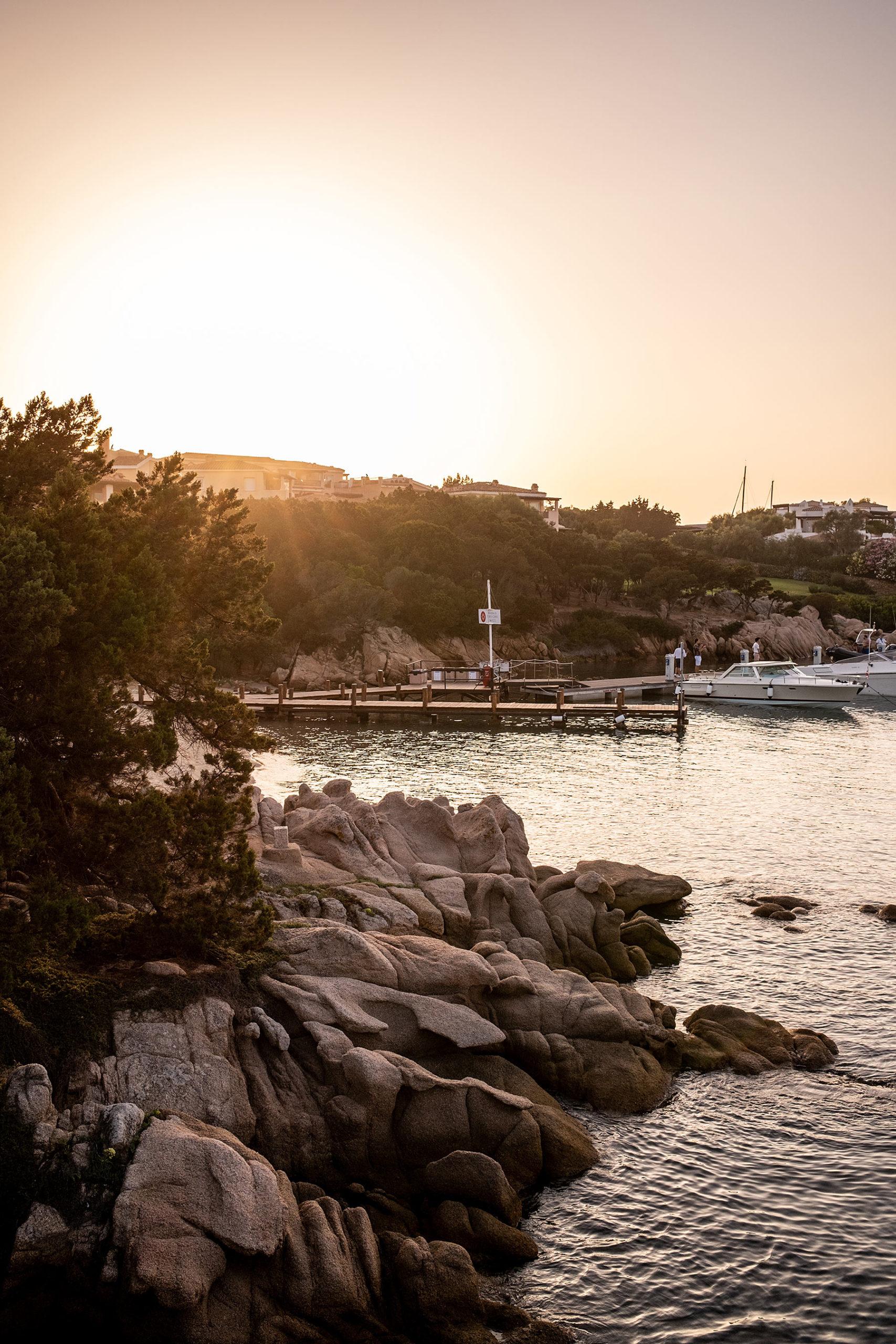 porto cervo sardinien sonnenuntergang travel blog sunnyinga