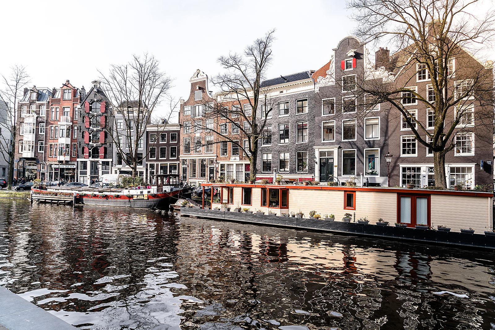 amsterdam grachten travel guide blog sunnyinga