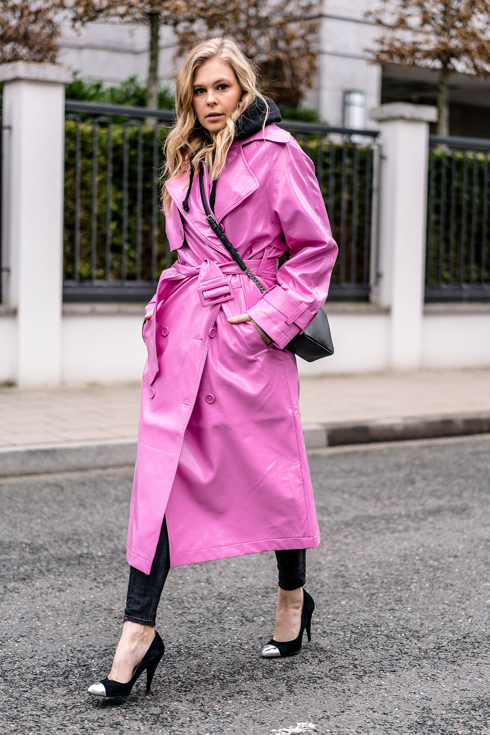 asos vinyl trenchcoat pink outfit fashion blogger sunnyinga