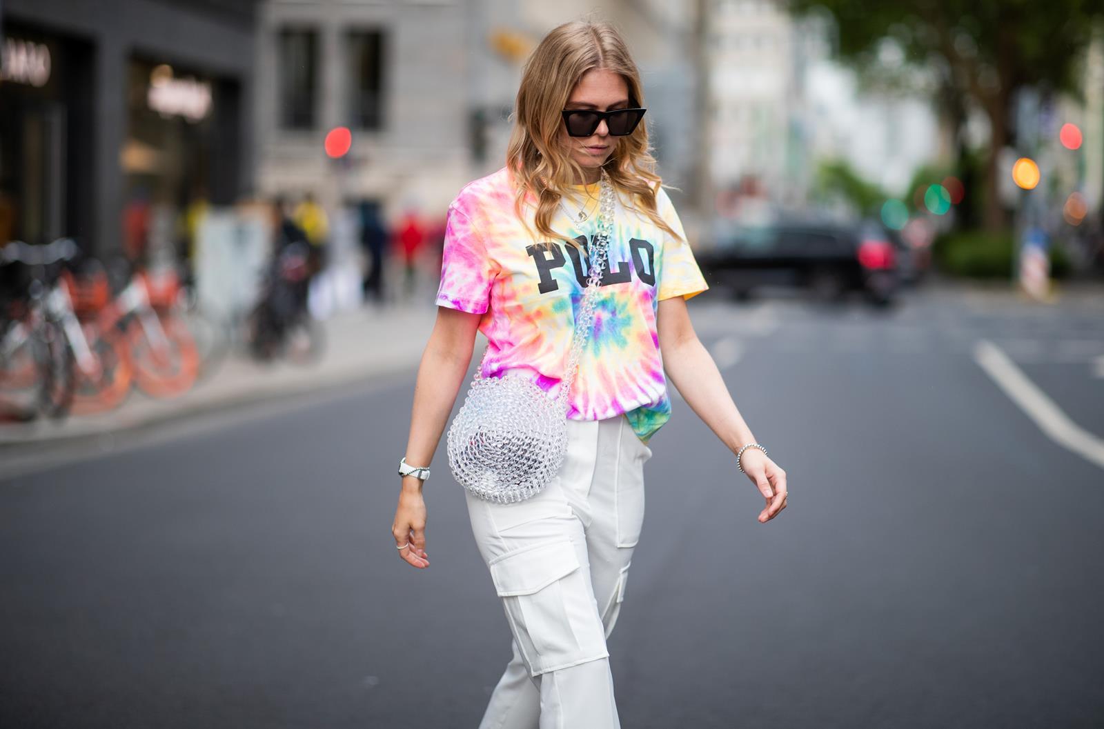 batik shirt cargo hose perlentasche outfit fashion blogger sunnyinga