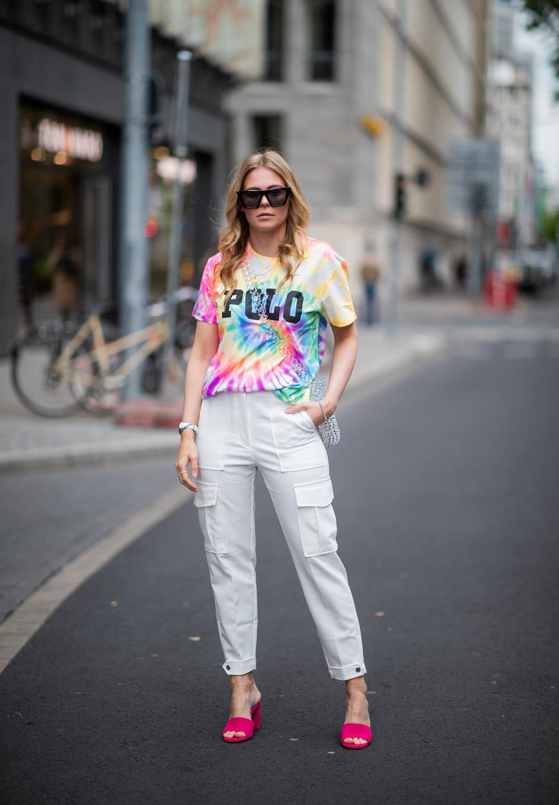 batik streetstyle outfit cargo pants inga brauer fashion blog sunnyinga