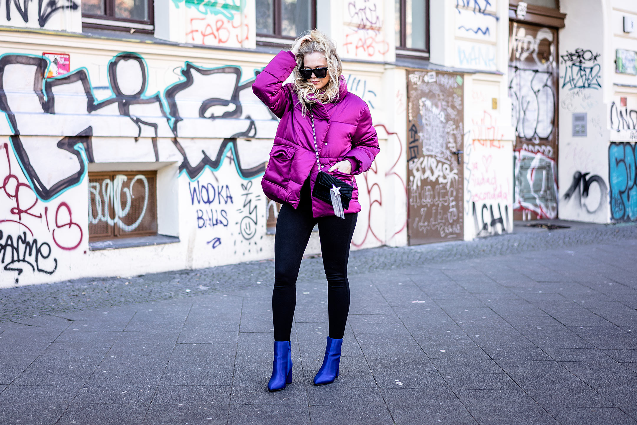 Berlin Streetstyle Outfit Herbst color blocking Puffer Jacket Blog Sunnyinga
