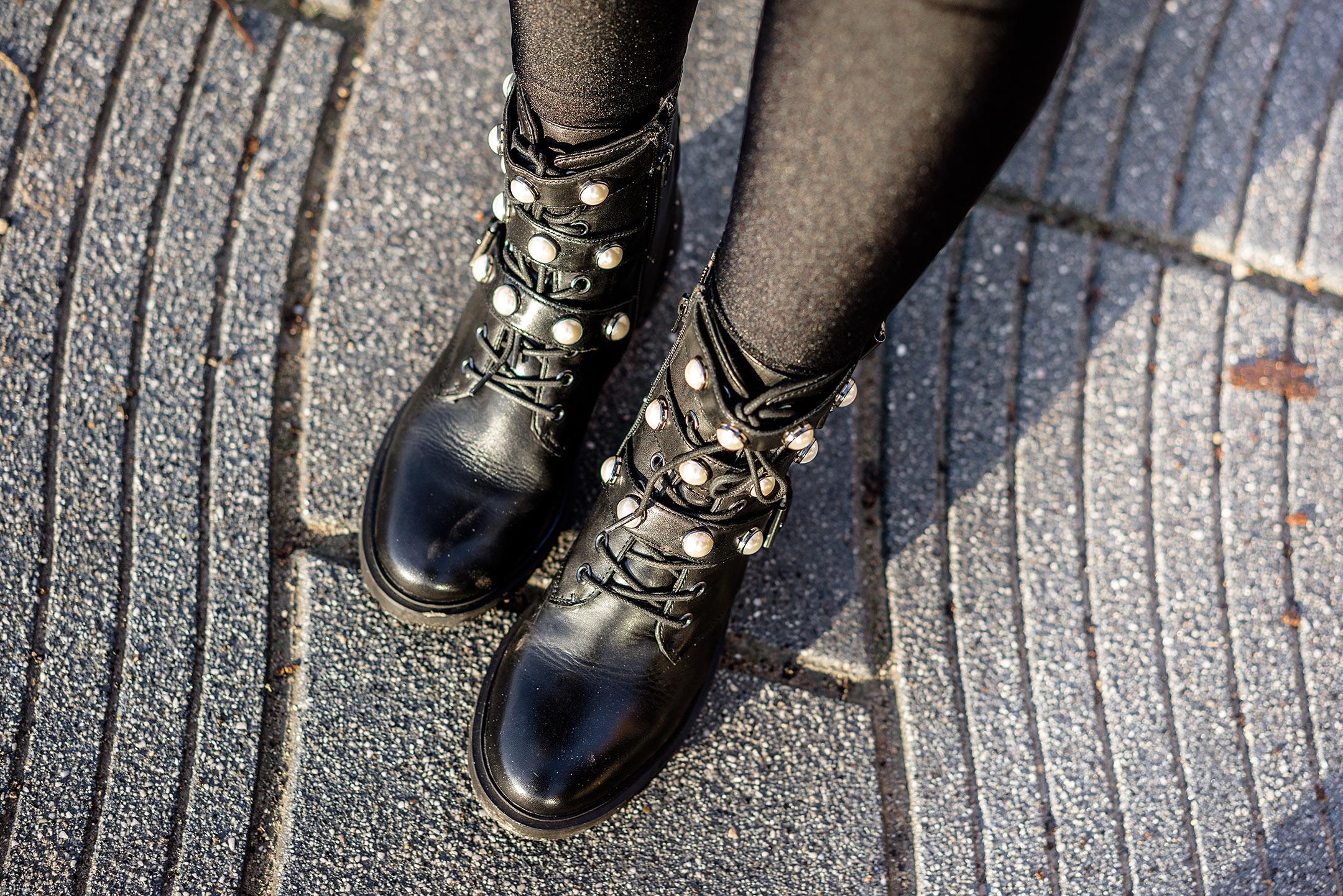 Biker Boots mit Perlen und Schnallen schwarz Sacha Schuhe Sunnyinga