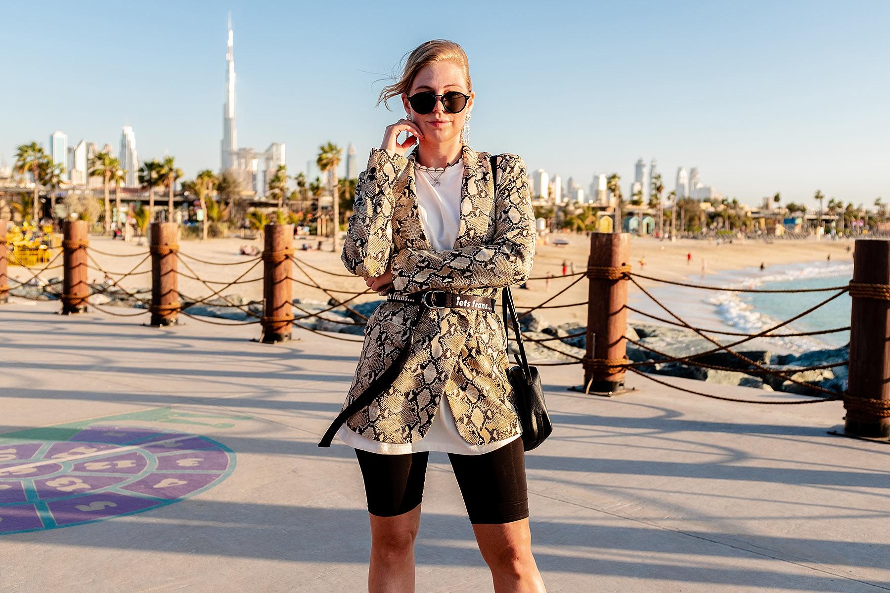blazer mit gürtel outfit fashion blogger sunnyinga