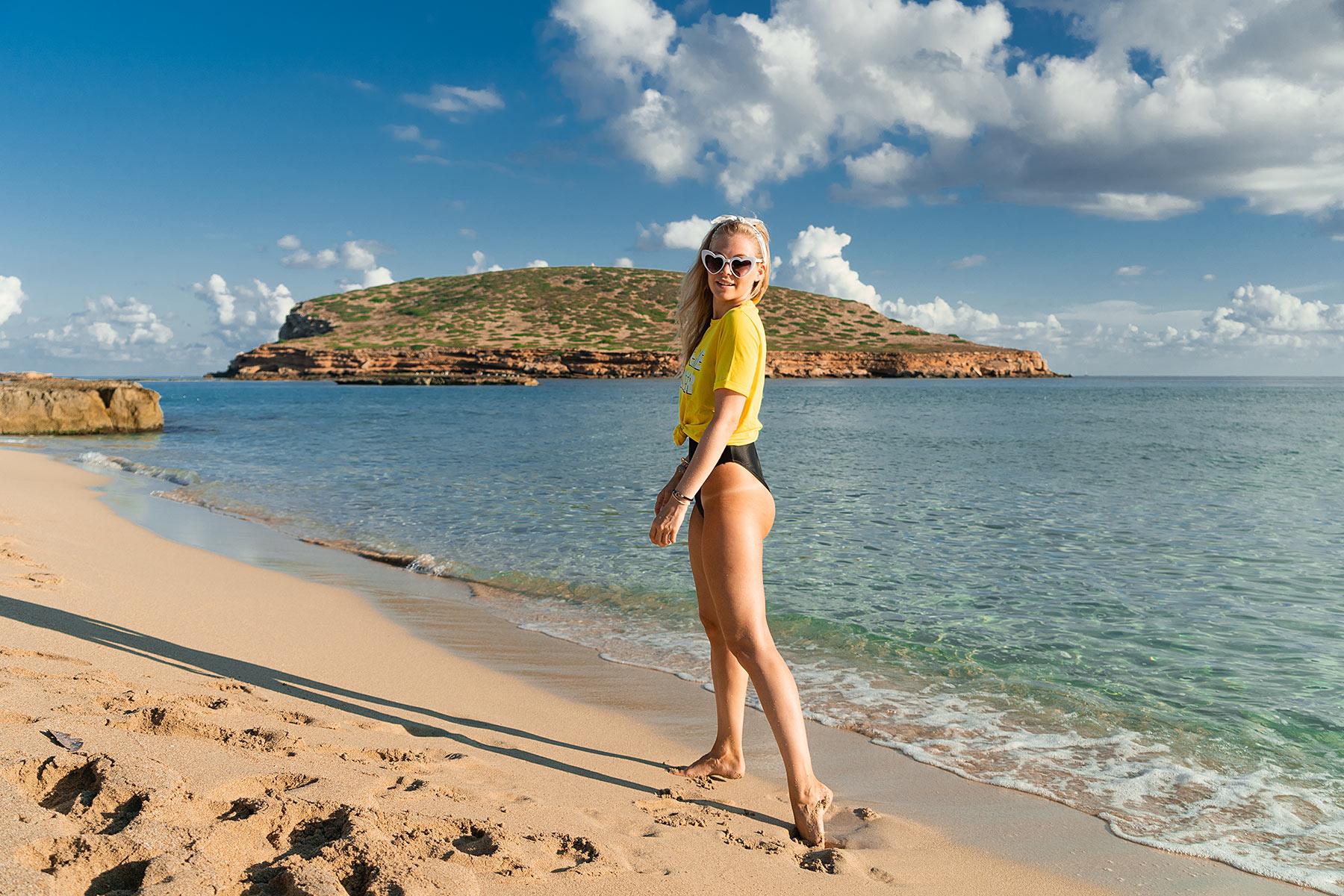 cala comte ibiza travel blog sunnyinga