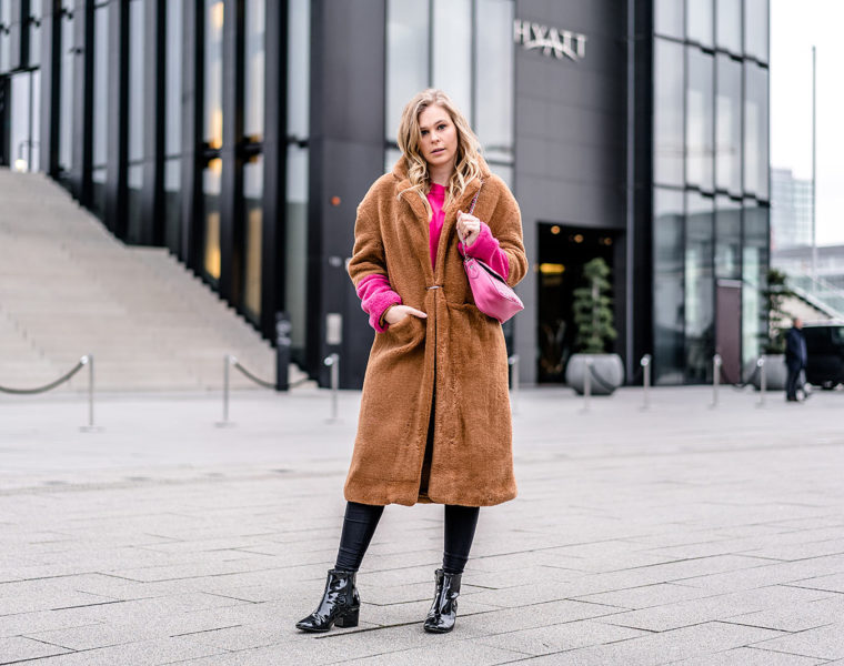 Camel Coat pink Accessoires Outfit Fashion Blogger Trend ootd Sunnyinga