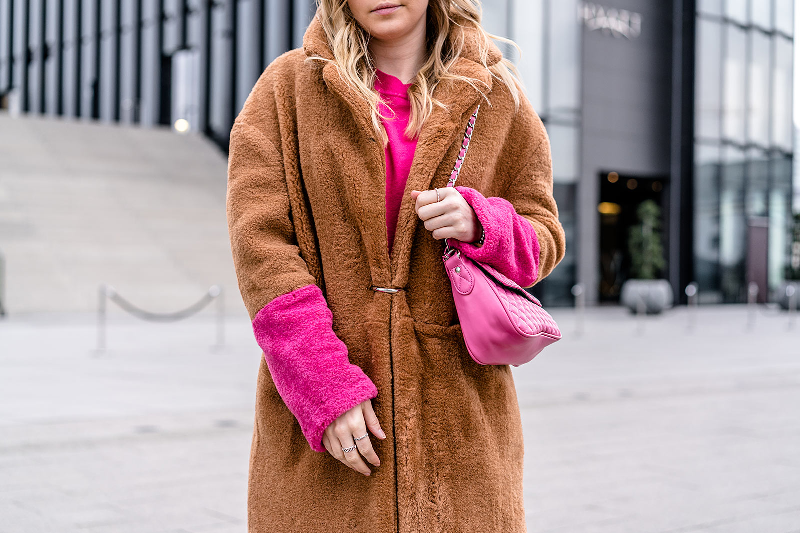 Camel Coat pink Fashion Blogger Outfit Sunnyinga