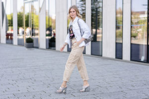 cargo pants outfit frauen fashion blogger sunnyinga