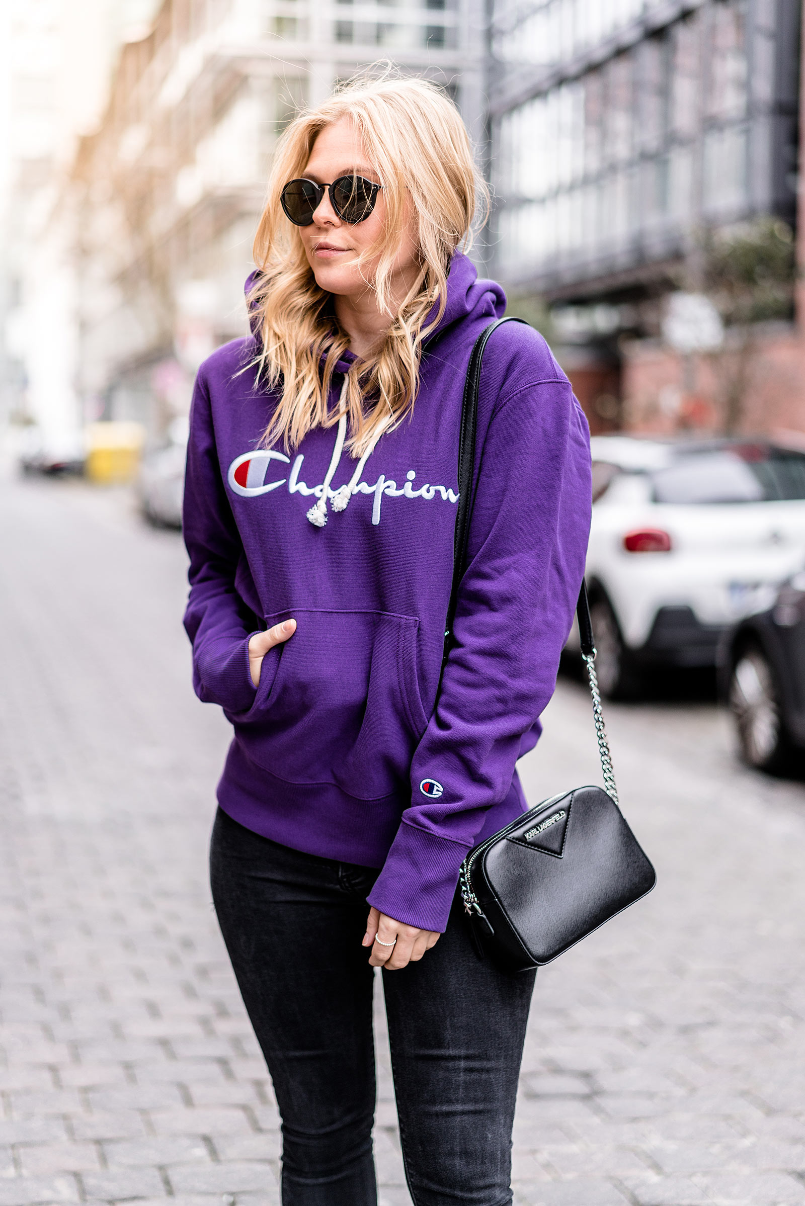 champion sweater logomania lila logo fashion blogger sunnyinga