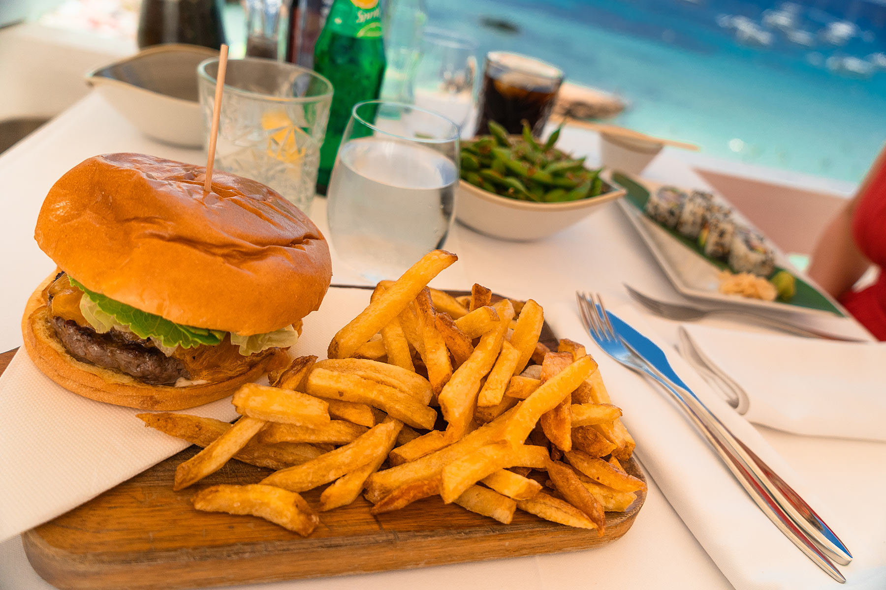 cotton beach club ibiza lunch burger travel blog sunnyinga