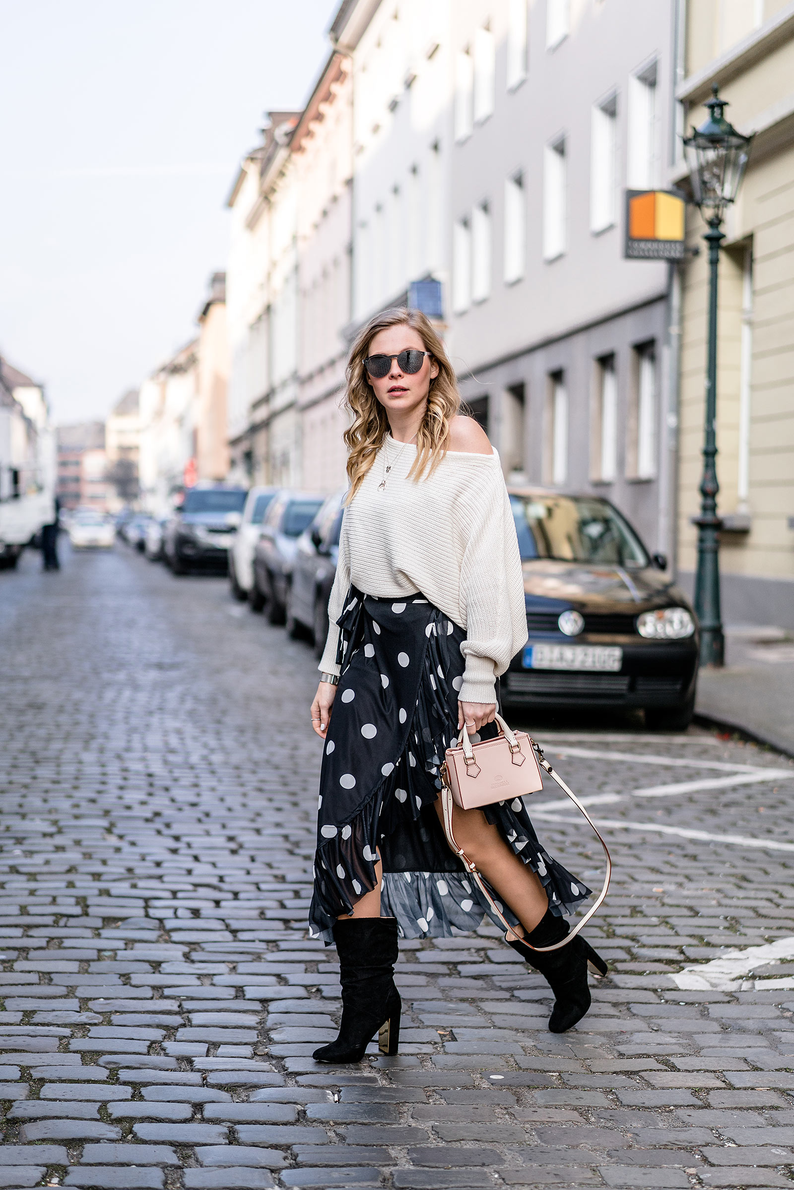 fashion blog outfit frühling streetstyle rock boots trend sunnyinga