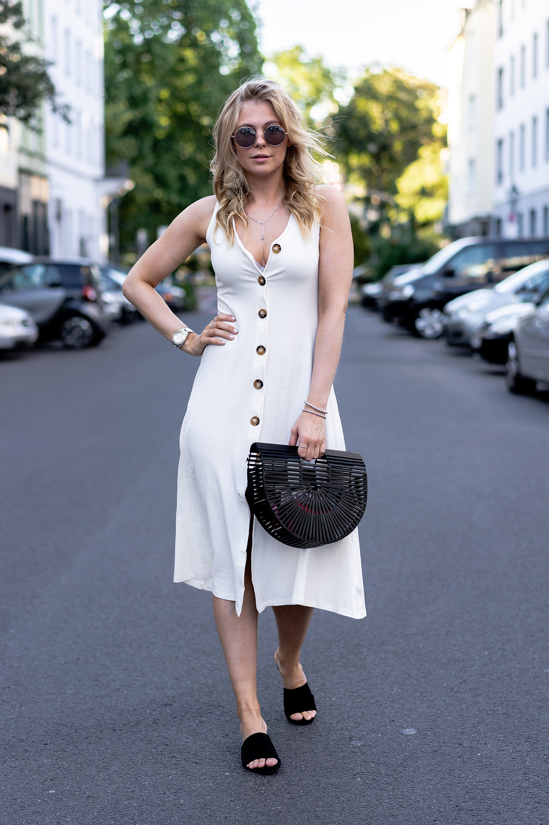 fashion blogger streetstyle sommer outfit kleid sunnyinga