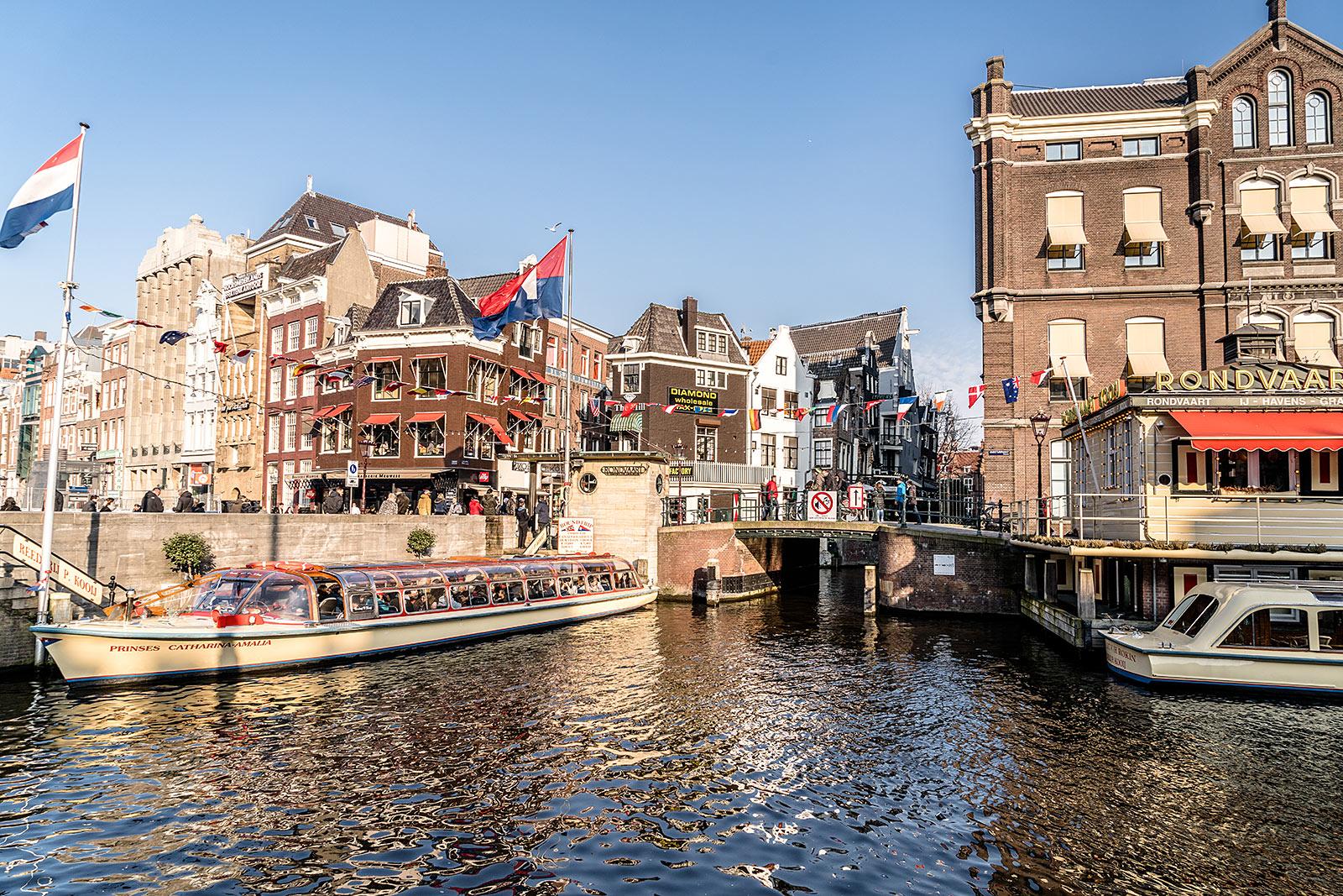grachtenfahrt amsterdam kanalfahrt travel guide sunnyinga