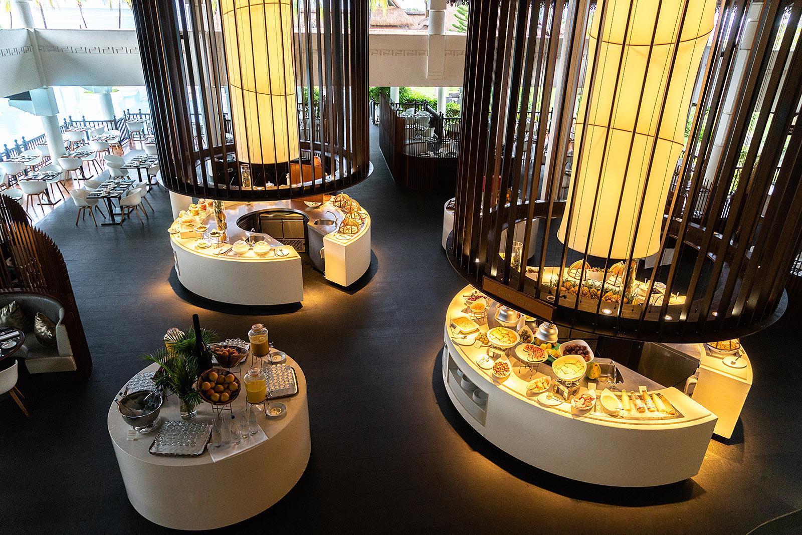 hotel sofitel mauritius restaurant buffet travel blogger sunnyinga