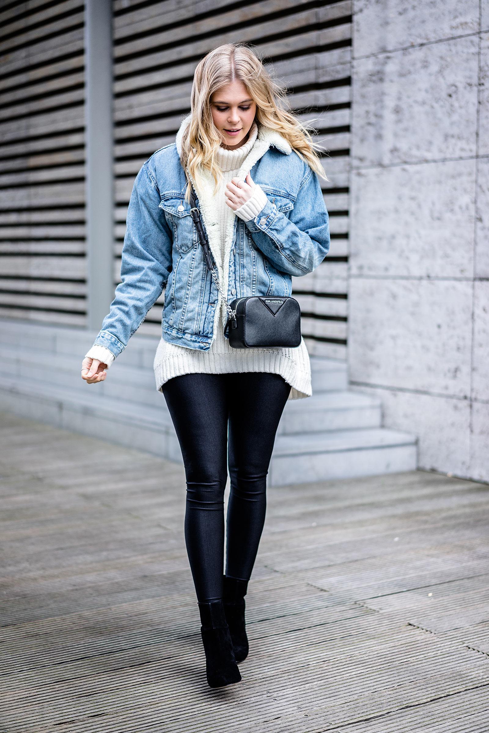 Jeansjacke mit Fell Outfit Fashion Blogger ootd Streetstyle Sunnyinga Düsseldorf