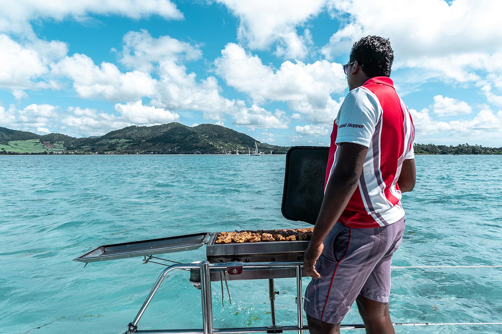 katamaran tour bbq mauritius travel blogger sunnyinga