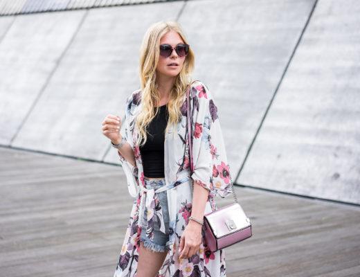 Kimono Blumenmuster Outfit Fashion Blog Düsseldorf Sunnyinga