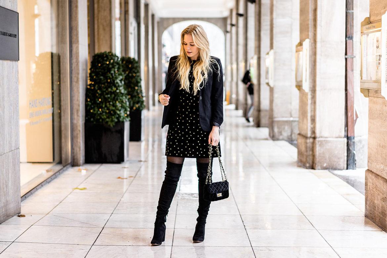 Kleid aus Samt Weihnachtsoutfit Weihnachtskleid Fashion Blogger Sunnyinga
