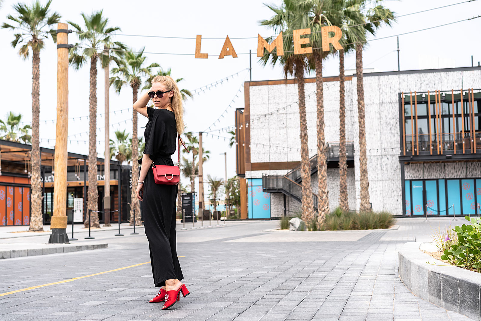 langer overall outfit dubai mules fashion blogger sunnyinga